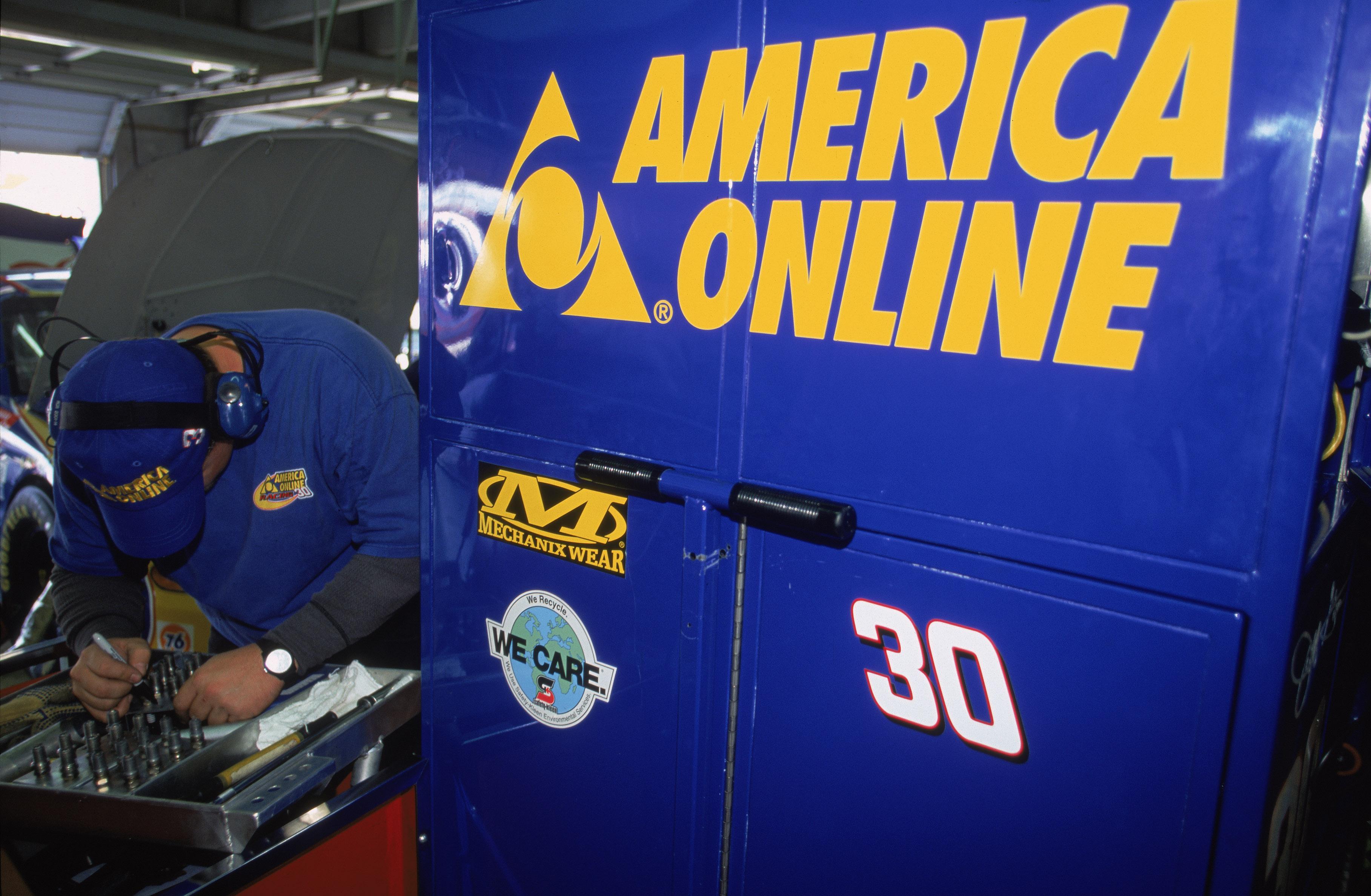 America Online Crew Mechanic