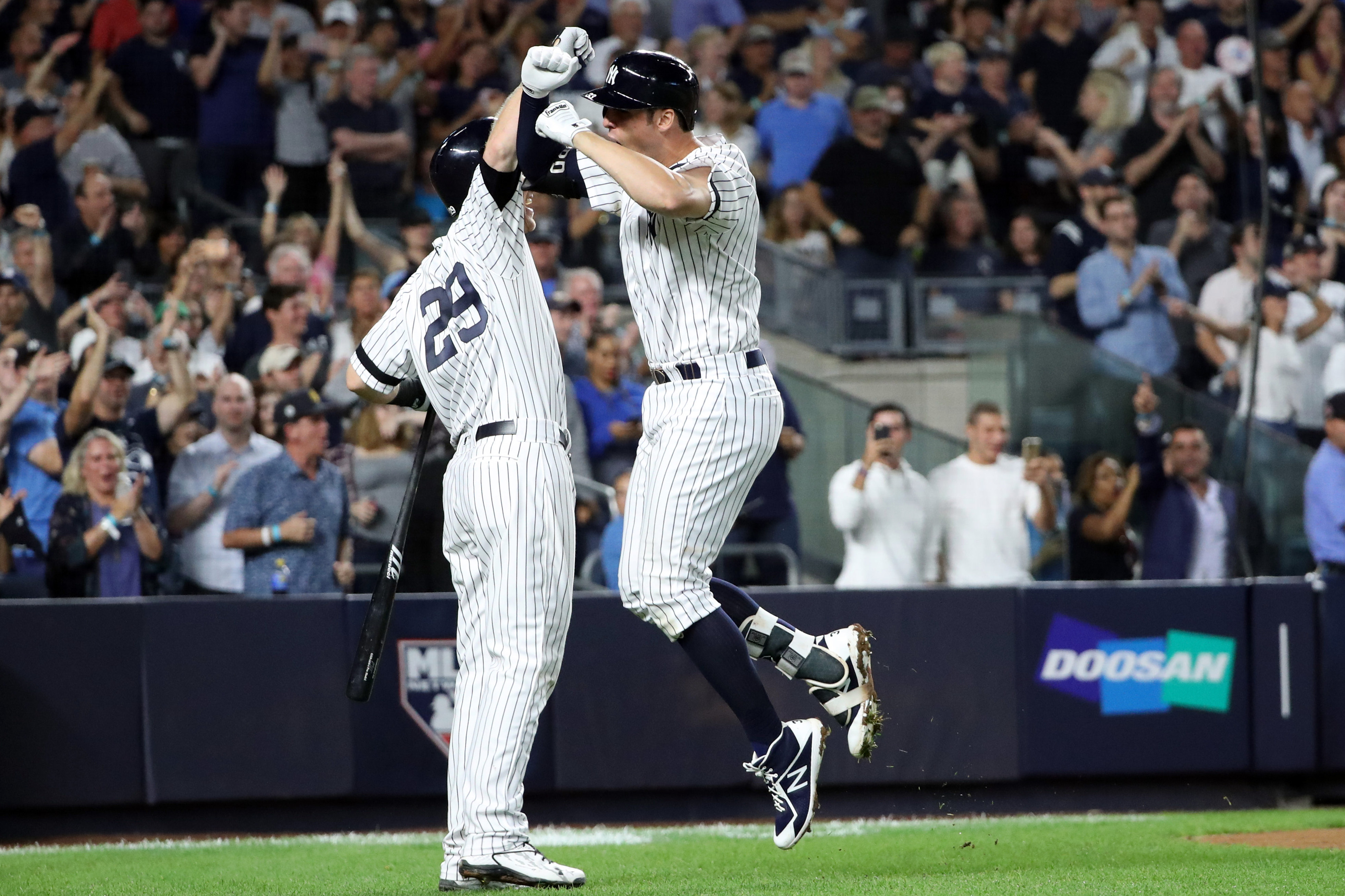 Yankees stay alive, win tense pitcher's duel against Indians
