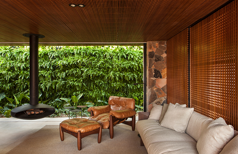 Brazilian home with wooden screens