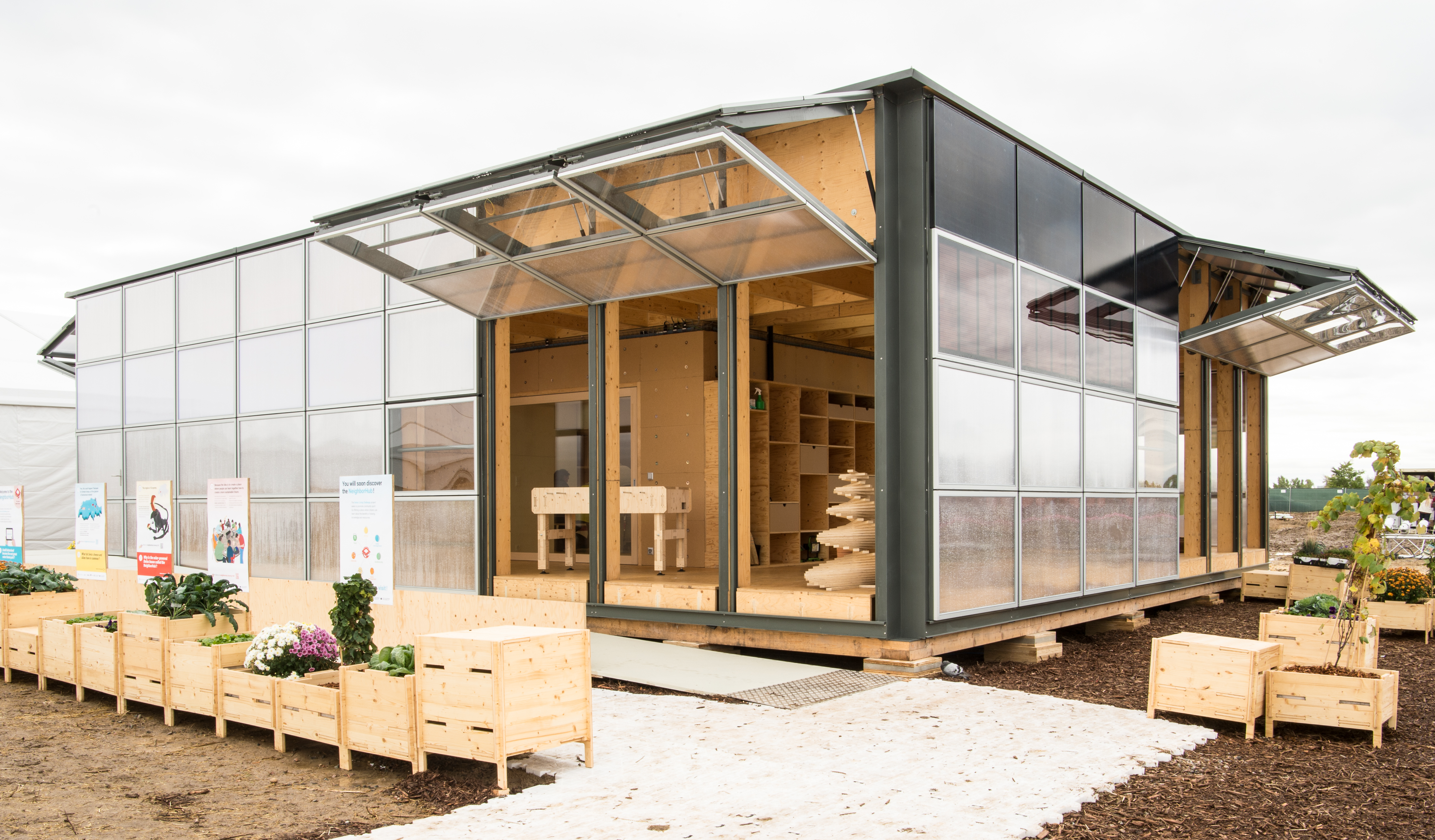 Tour 11 Solar Powered Homes That Push The Limits Of Sustainable Living