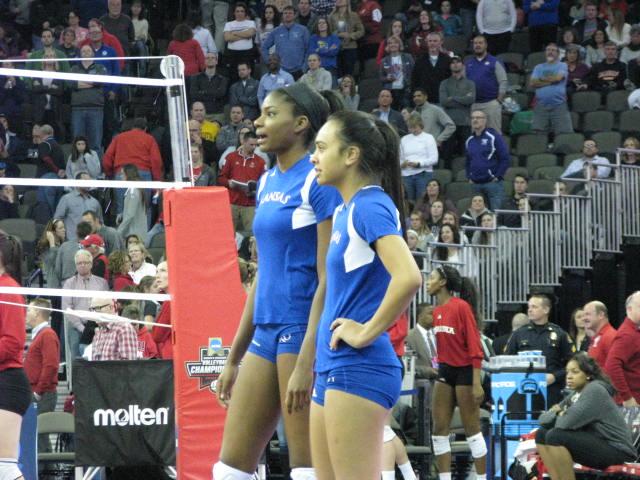 Kansas Volleyball Kelsie Payne Ainise Havili