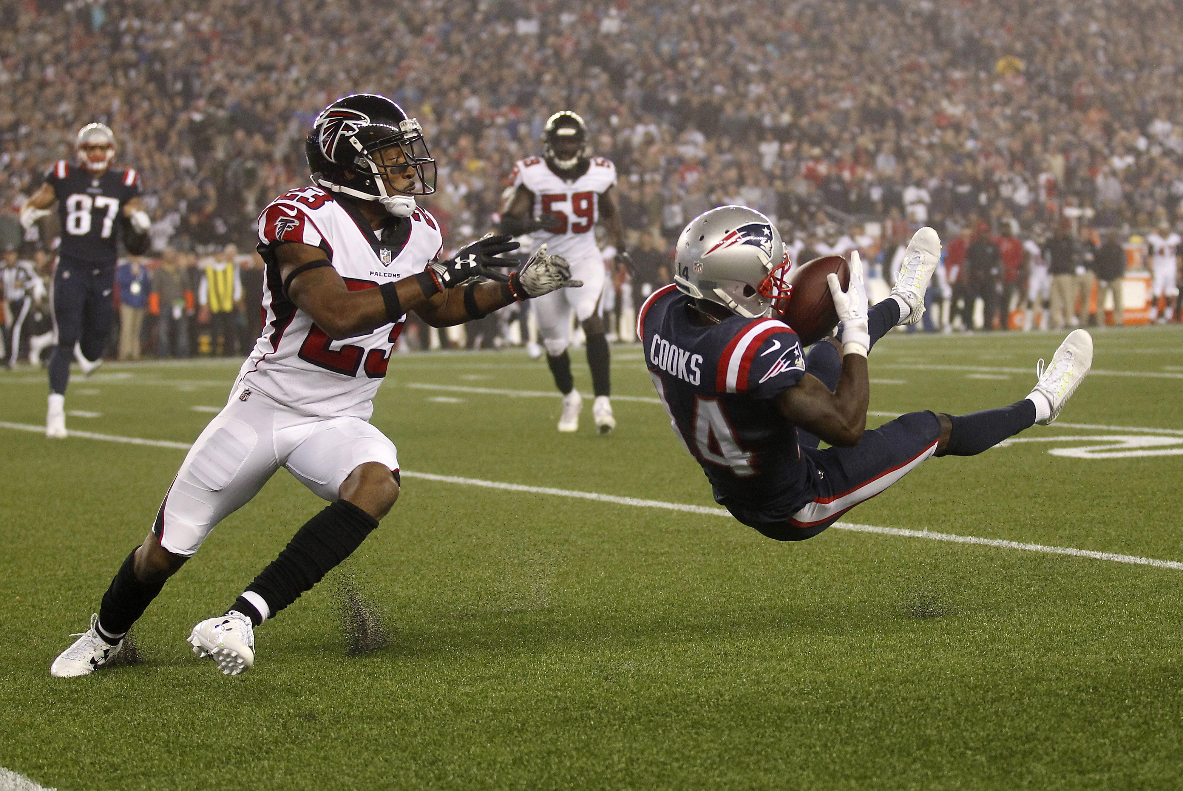 NFL: Atlanta Falcons at New England Patriots
