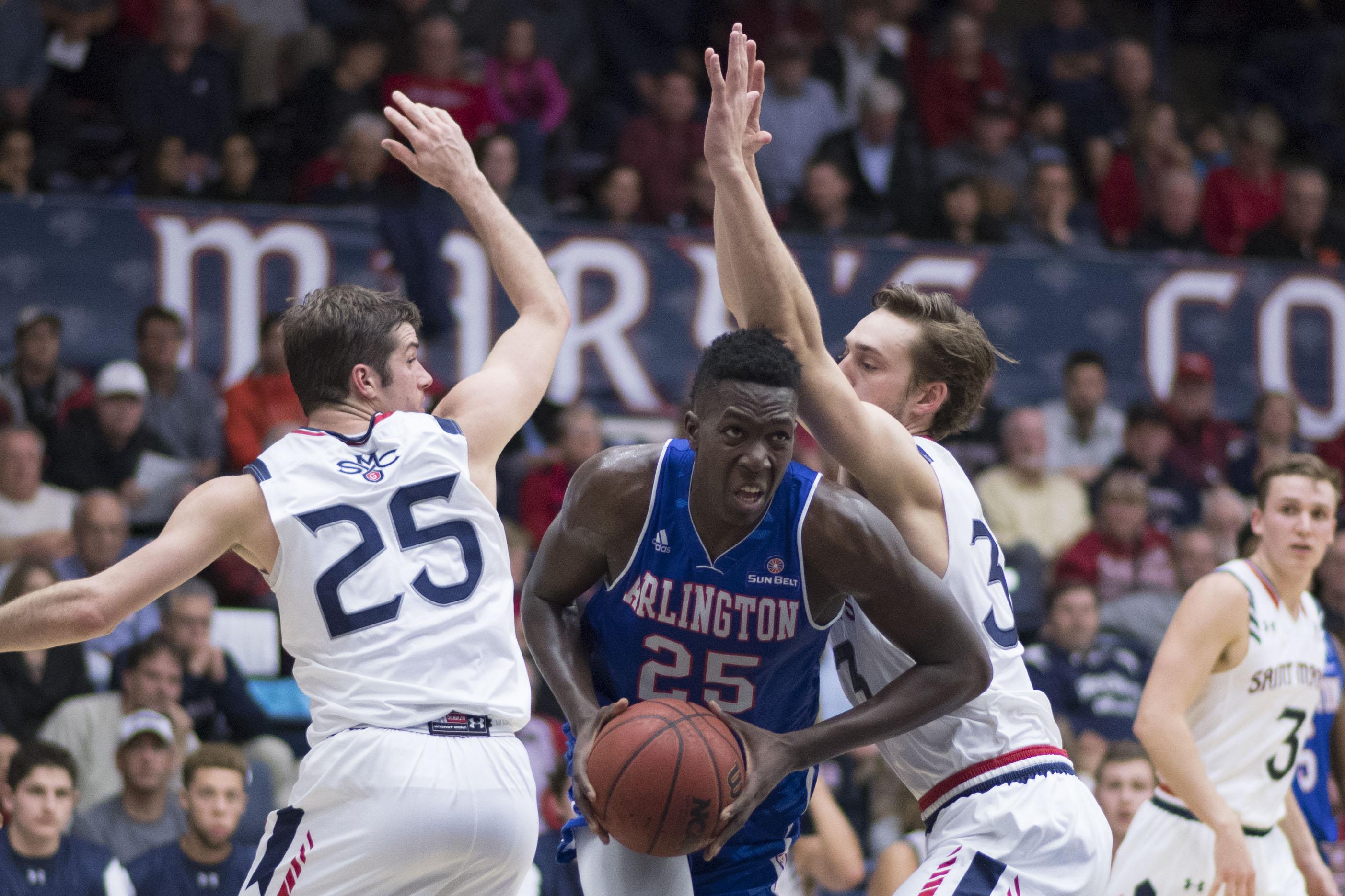 NCAA Basketball: Texas-Arlington at St. Mary's