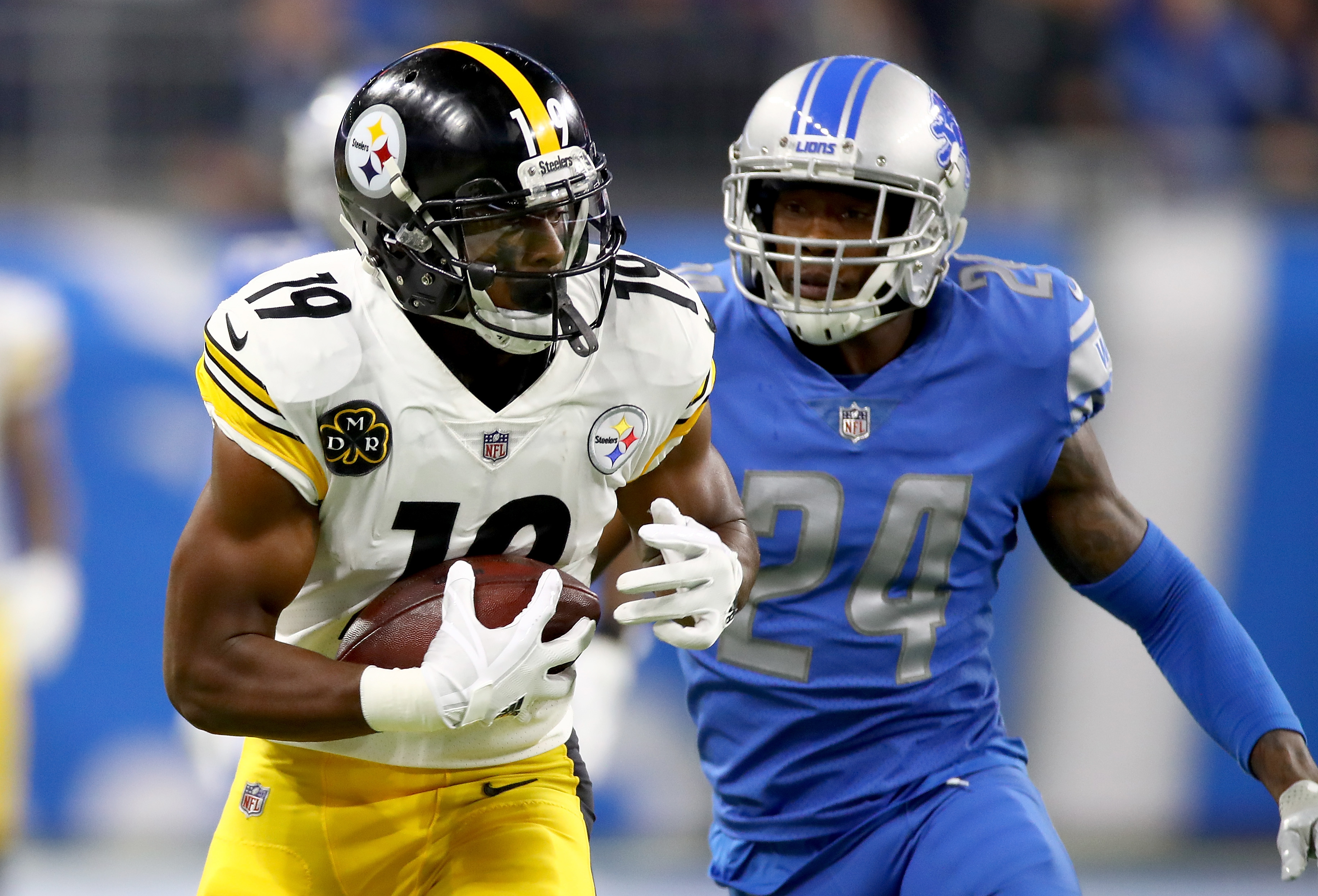 812cb4963 Film Room: Highlighting JuJu Smith-Schuster's other big play against the  Lions