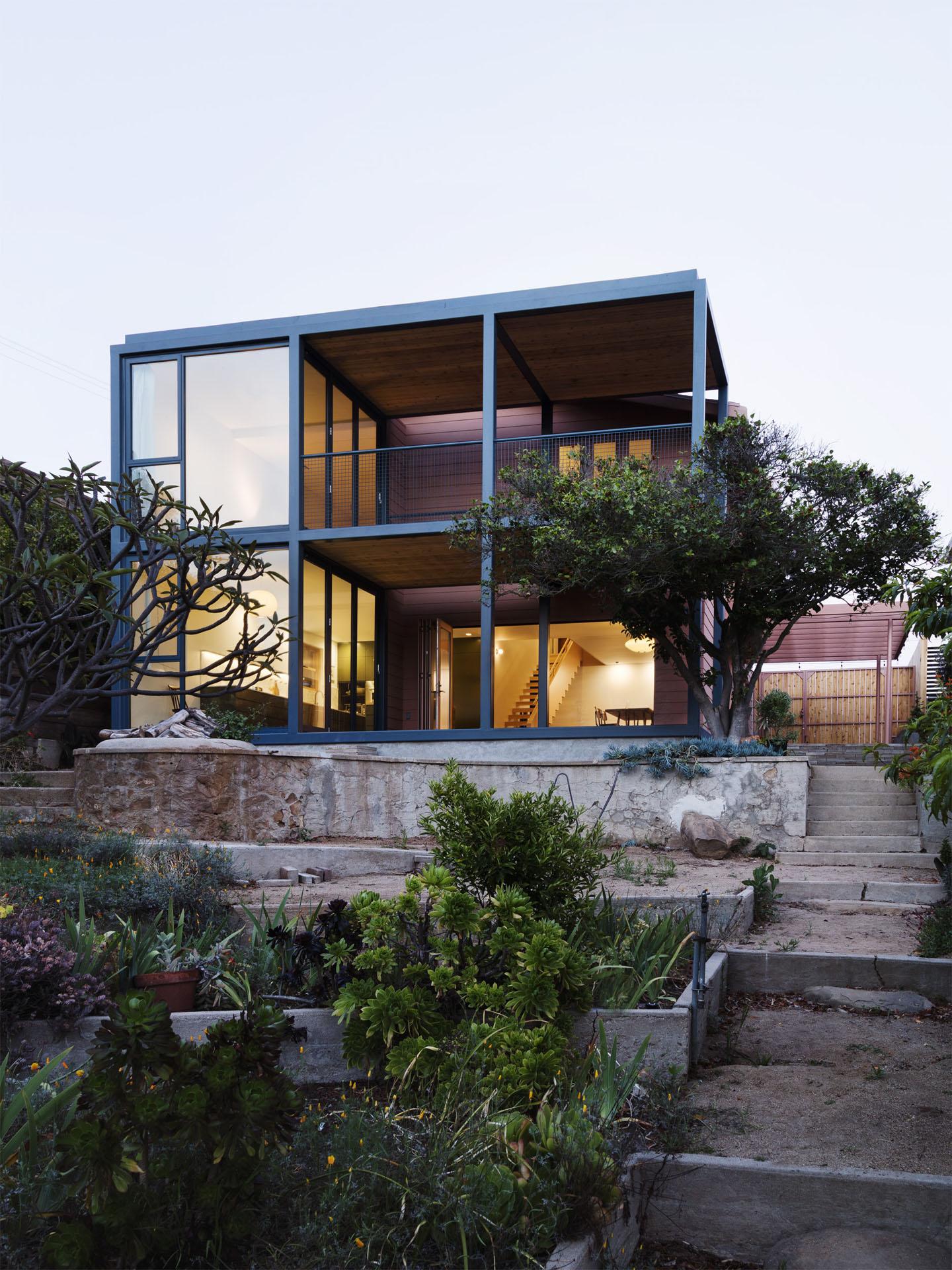 1920s bungalow gets gorgeous modern renovation