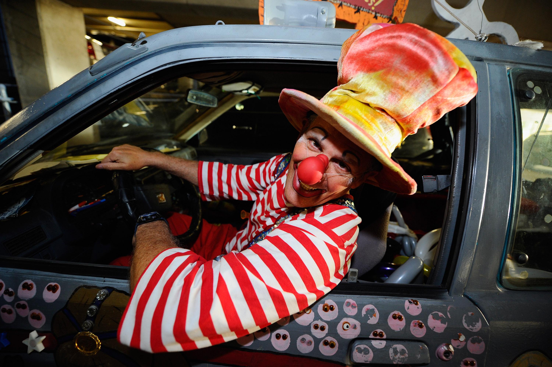 Annual Clown Convention Celebrates Serious Clown Skills