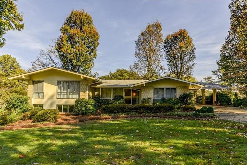 A midcentury modern home for sale in Dunwoody GA.