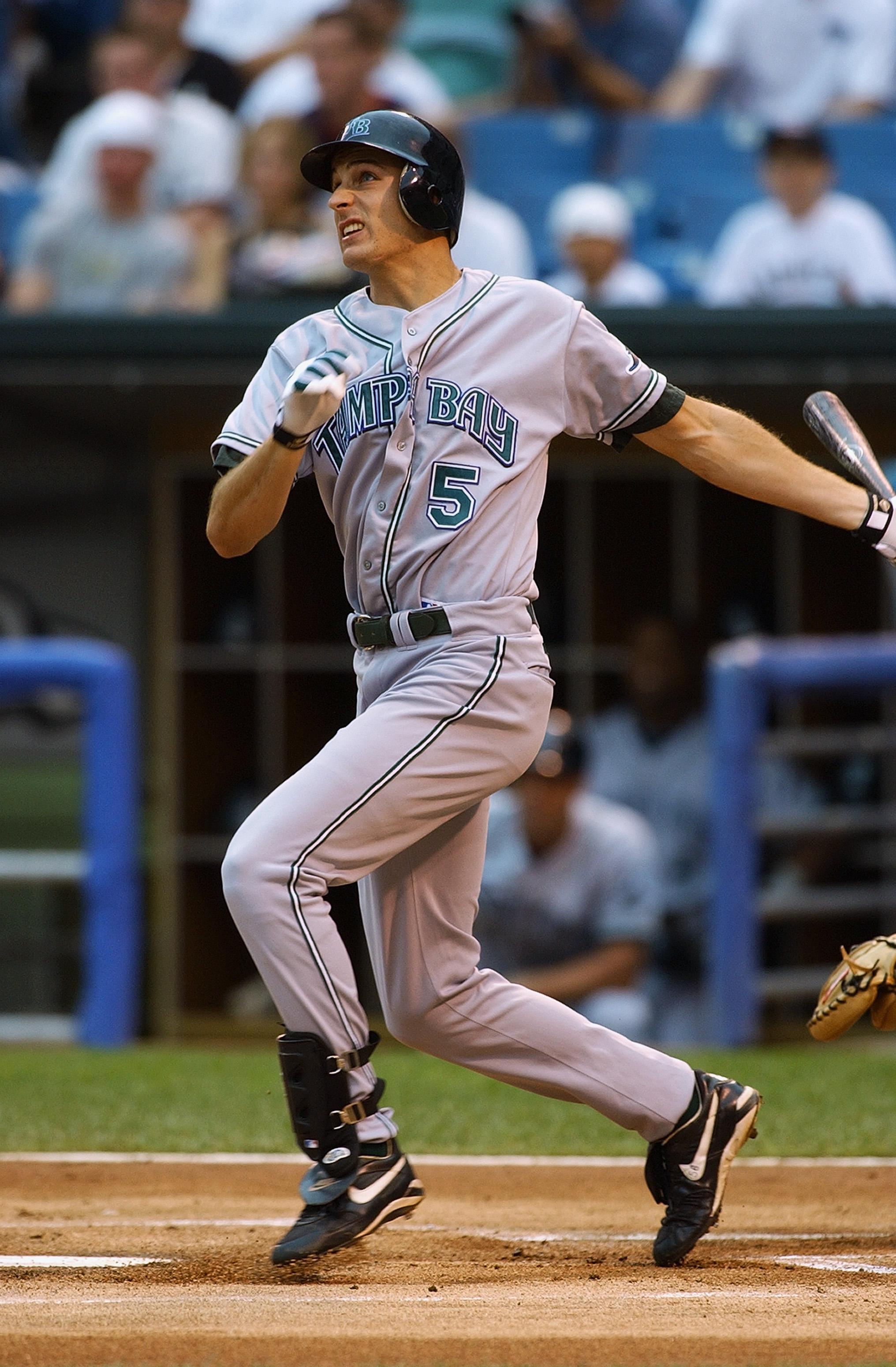 Baldelli hits home run