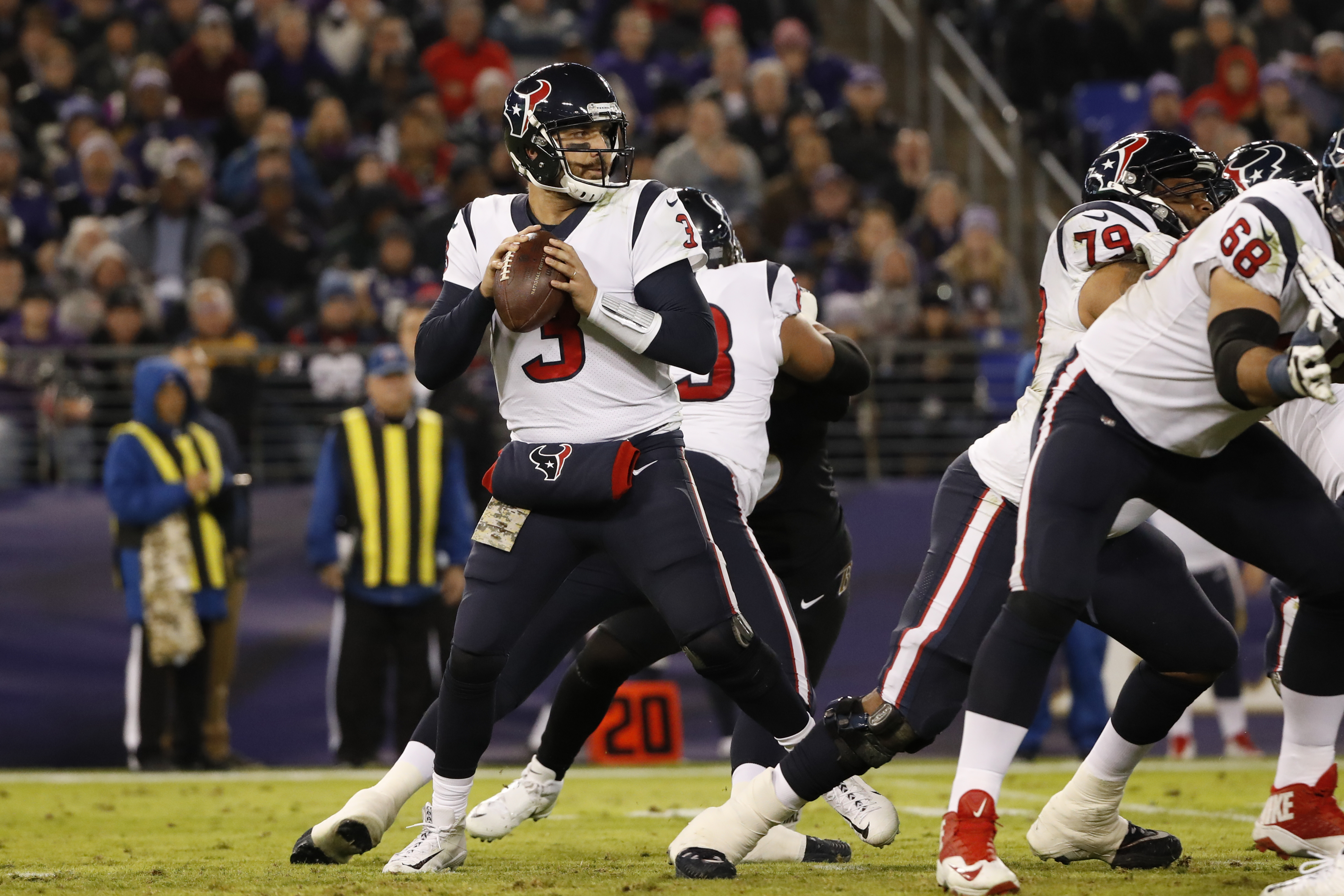 BALTIMORE, MD - NOVEMBER 27: Quarterback Tom Savage #3 of the Houston Texans throws the ball in the second quarter against the Baltimore Ravens at M&T Bank Stadium on November 27, 2017 in Baltimore, Maryland. (Photo by Scott Taetsch/Getty Images)