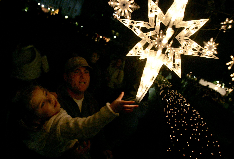 Ellen DeGeneres Lights Holiday Display In Jackson Square