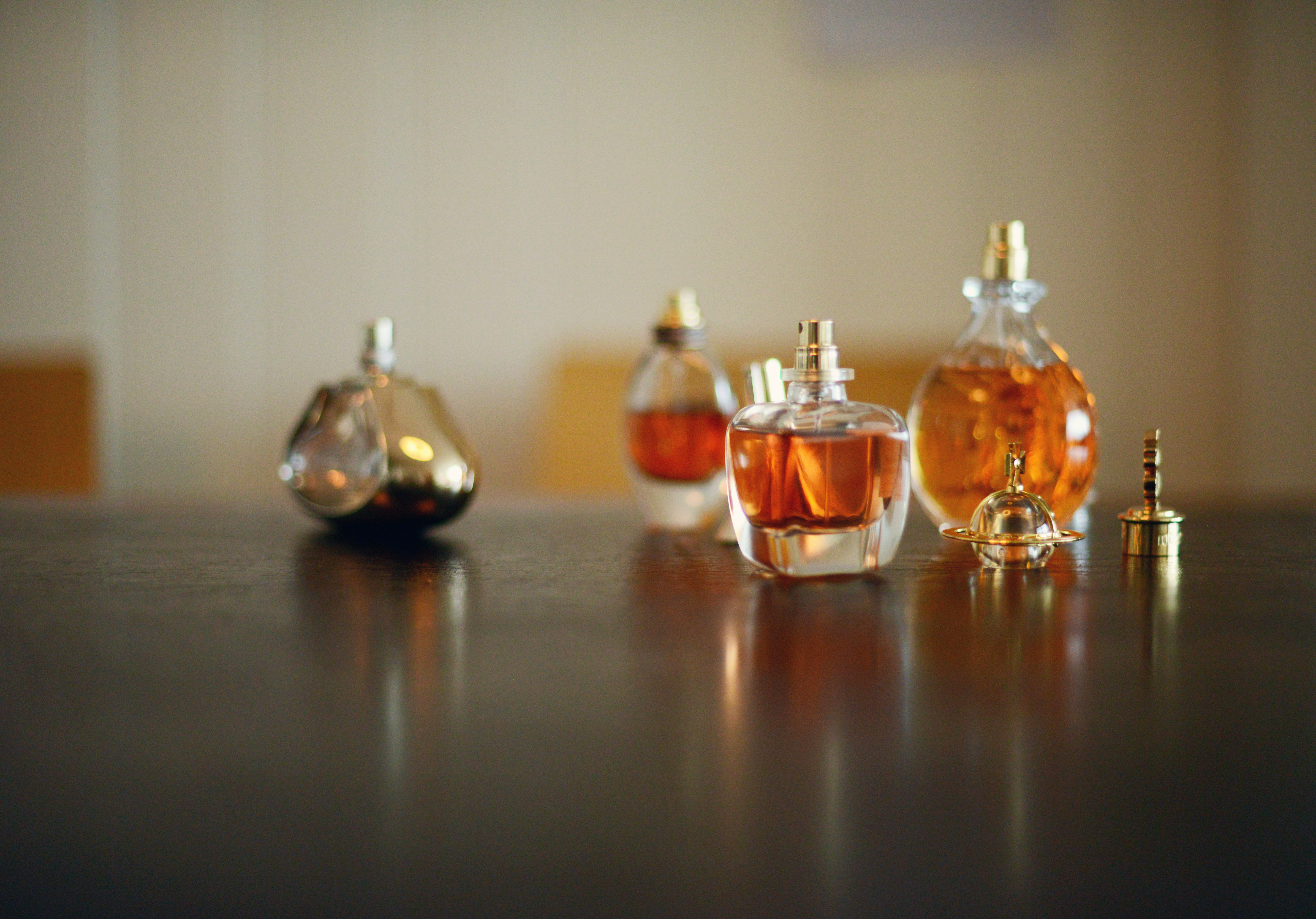 Here's Why Perfume Descriptions Are Never About Smell