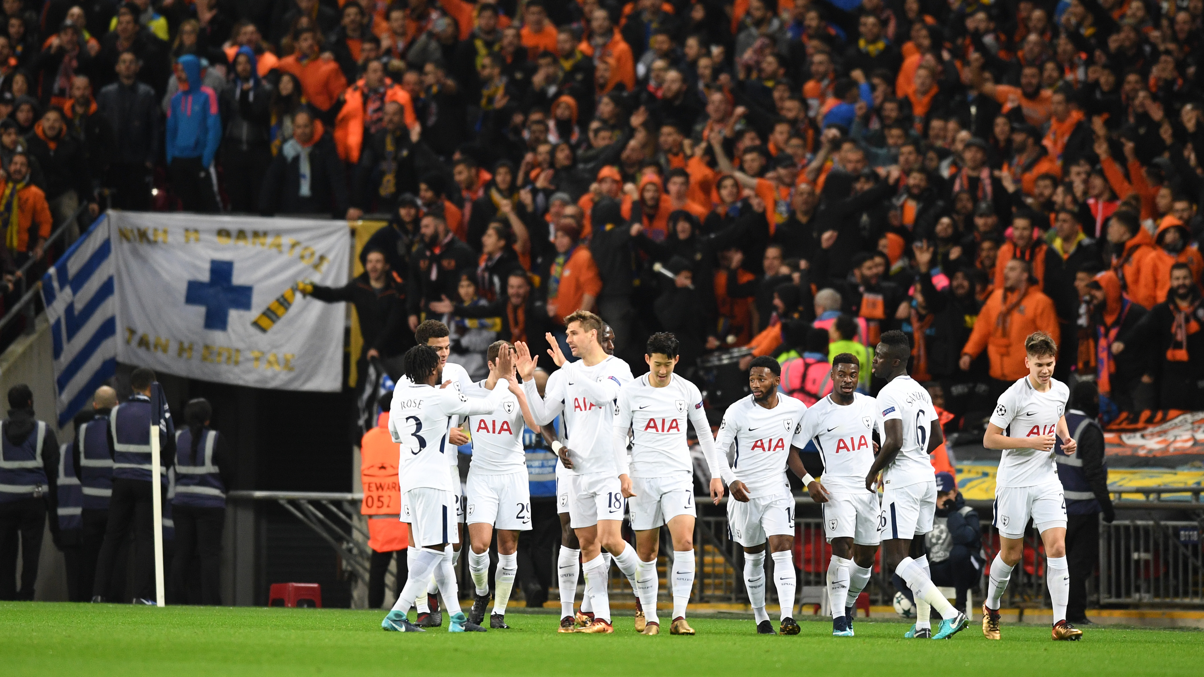 Tottenham Hotspur v APOEL Nicosia - UEFA Champions League