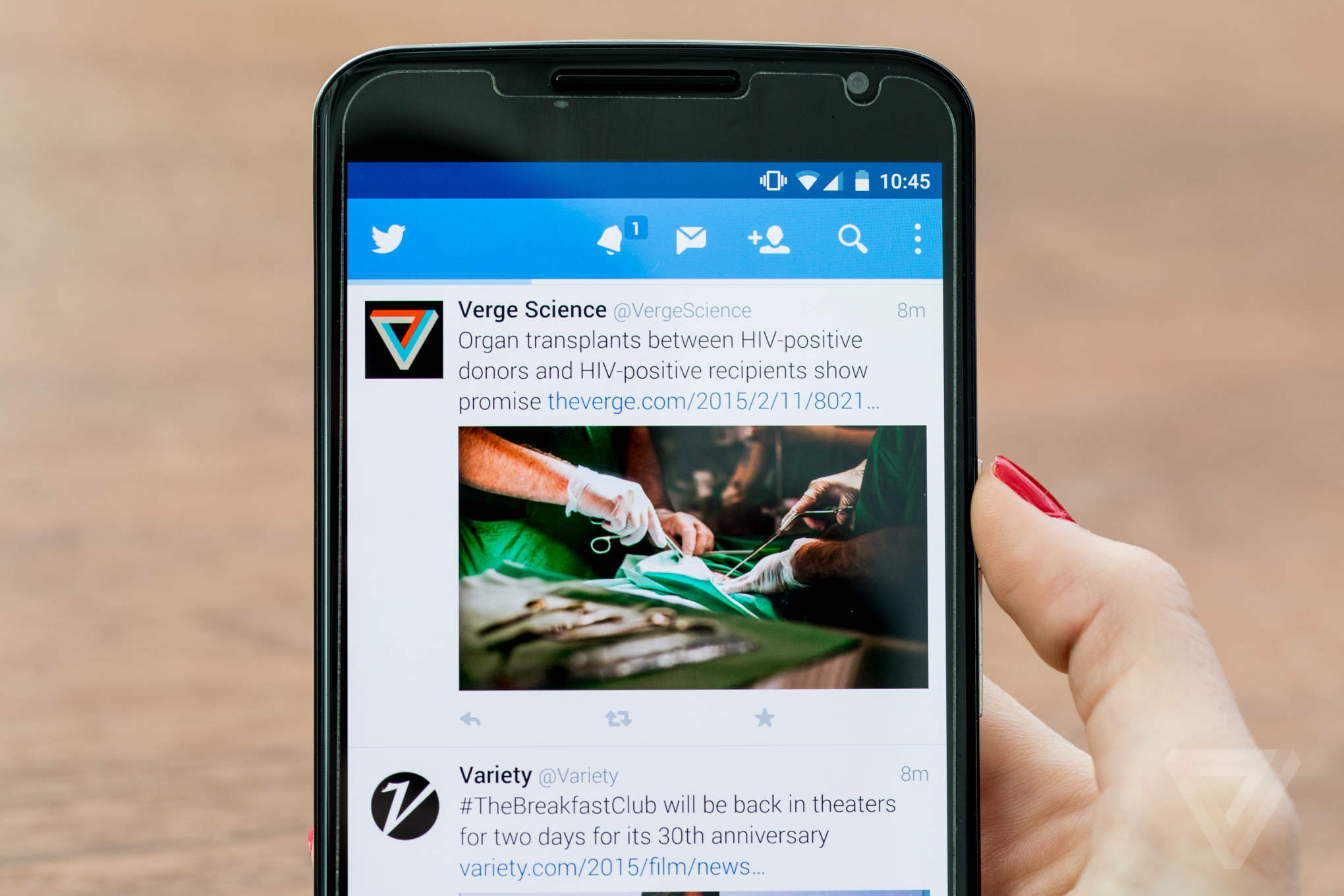 Twitter officially recognizes tweetstorms with a new threads