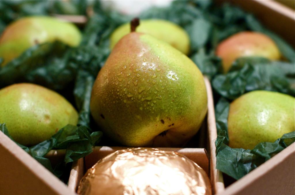 A gift box of Harry & David Royal Riviera pears