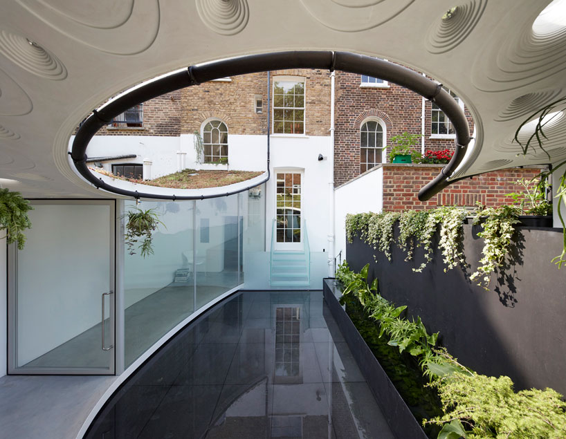 remarkable London extension built to enjoy rainy weather
