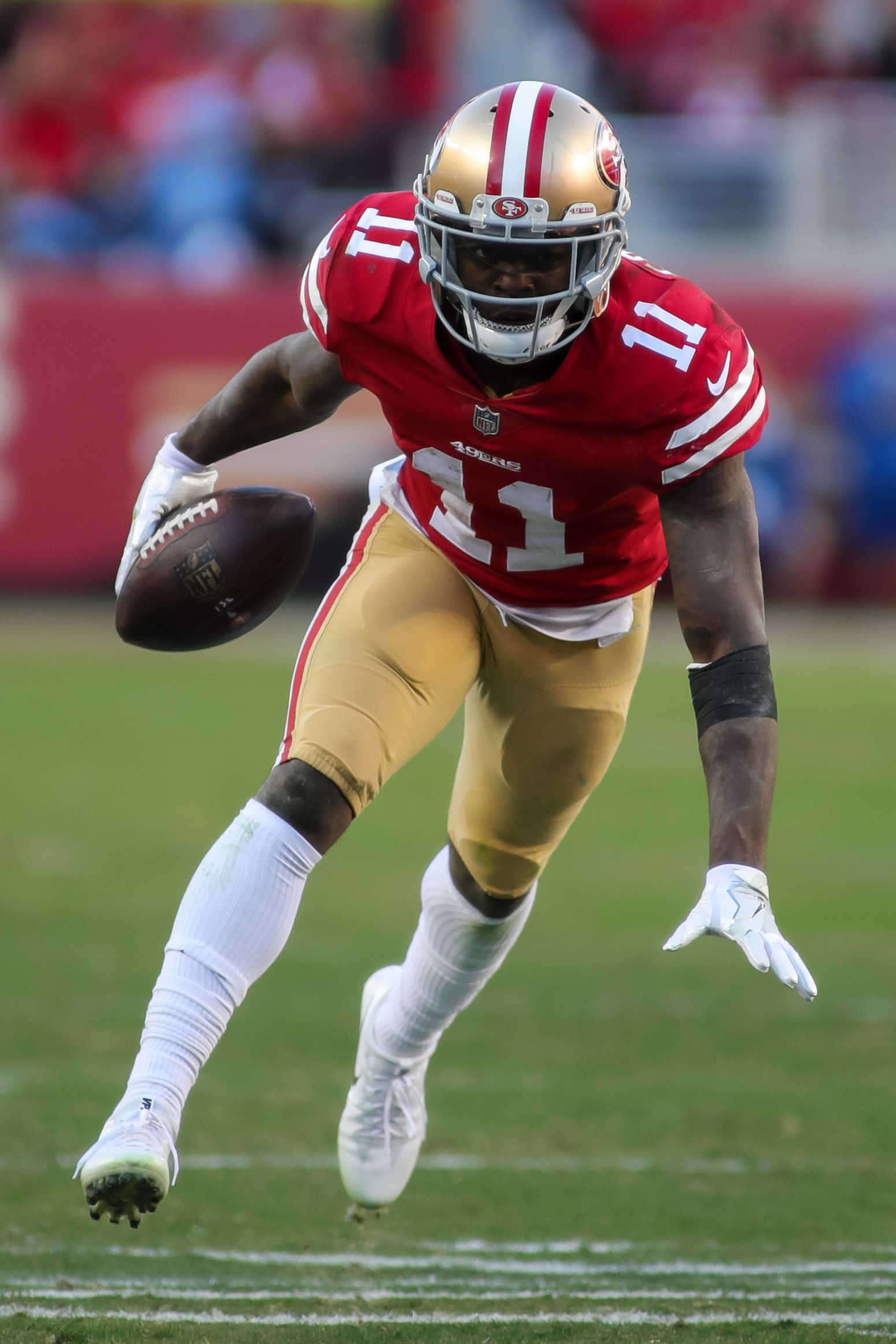 NFL: Tennessee Titans at San Francisco 49ers