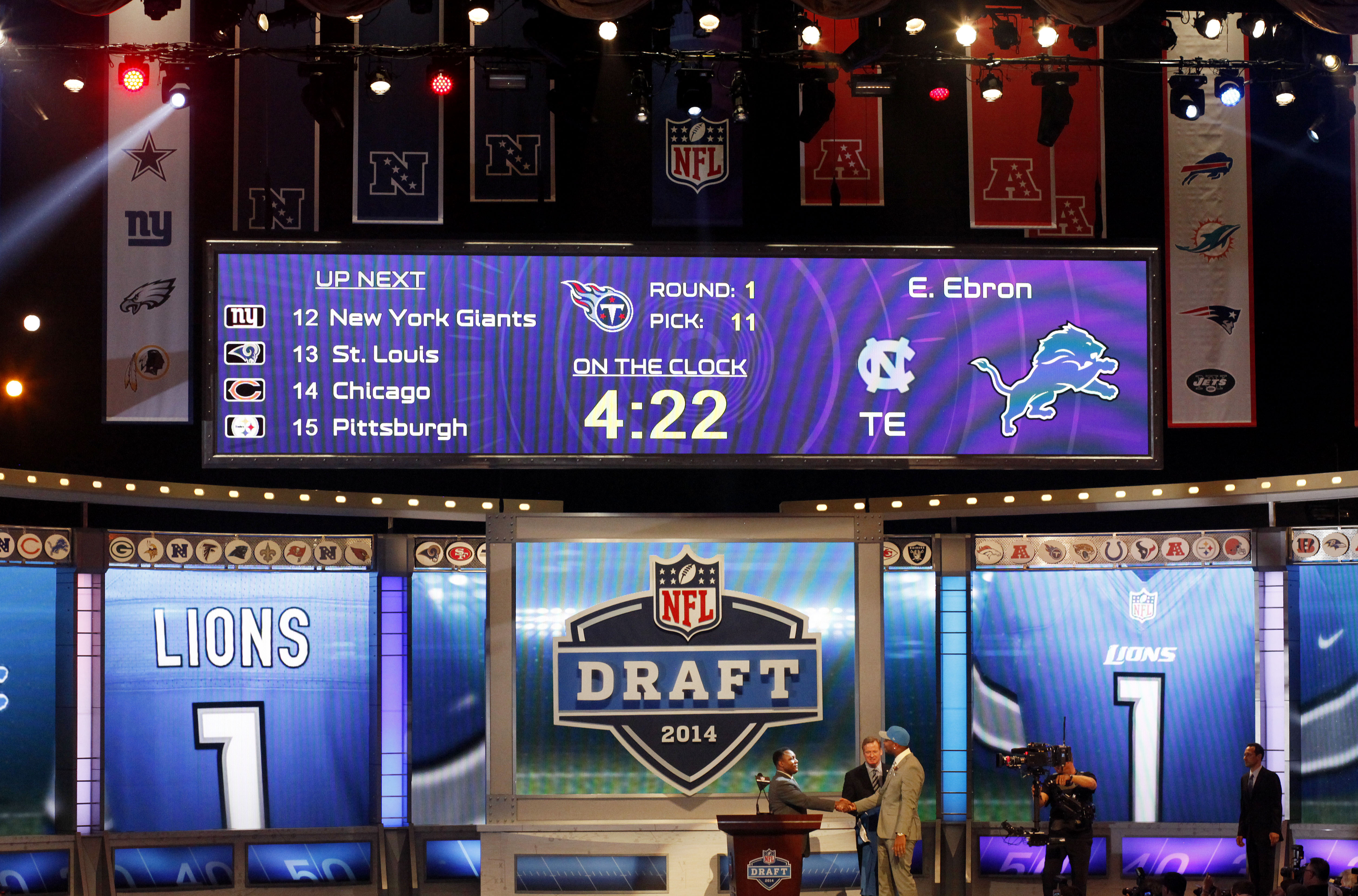 196f6ded 2018 NFL Draft order: Lions bump up to 18th after loss to Bengals ...