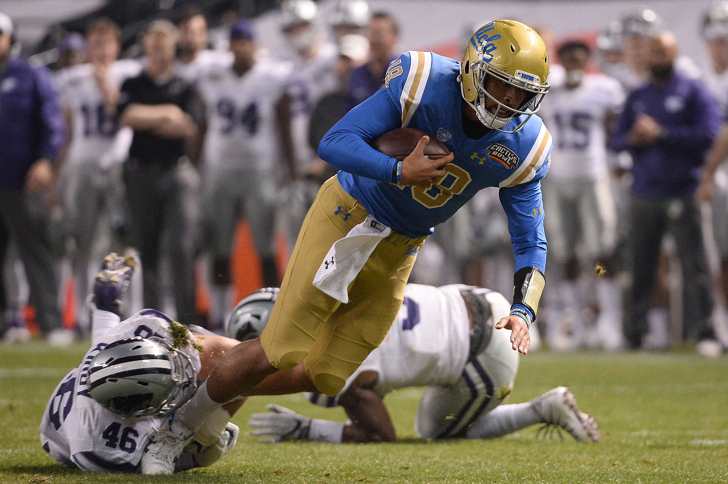 5900072804a UCLA Bruins Fall 35-17 to the Kansas State Wildcats in the Cactus Bowl