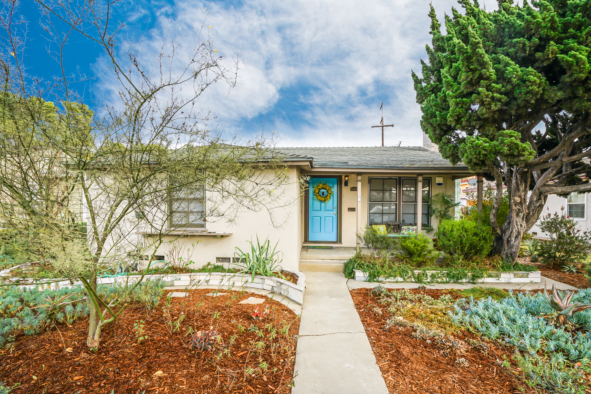 1940s Ranch House In Long Beach Seeking A Er For 525k