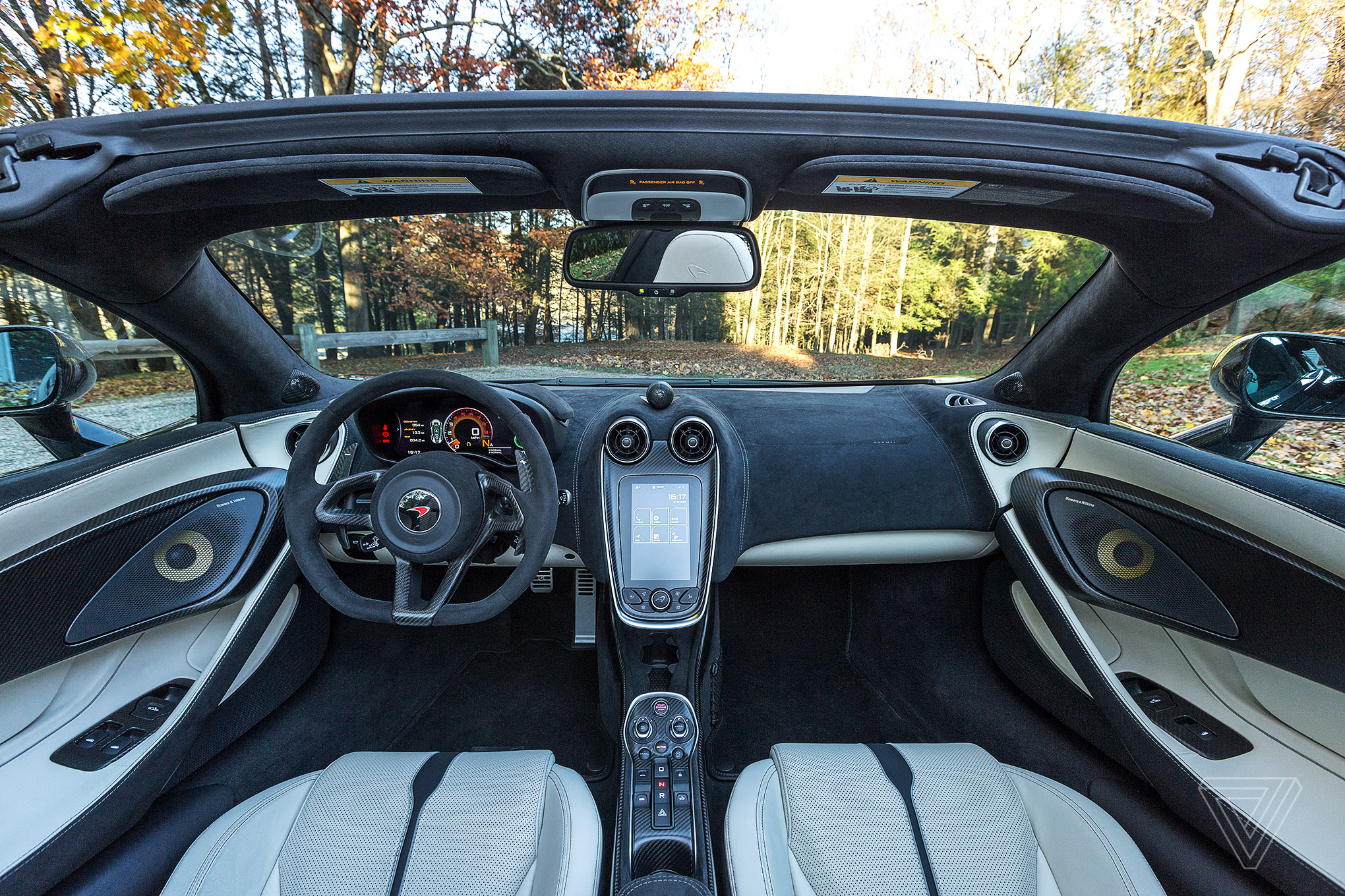 screendrive: the mclaren 570s spider puts the england back in new