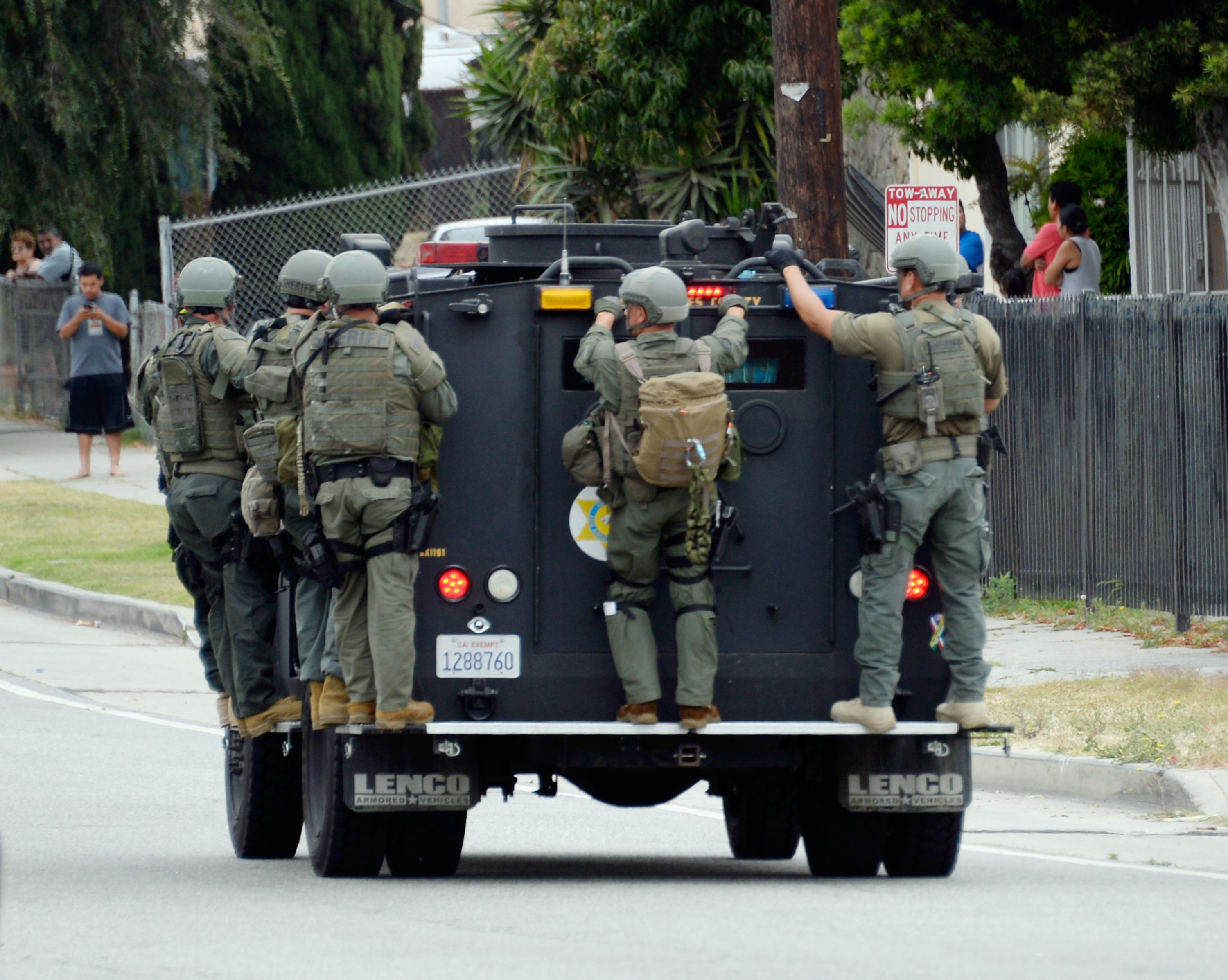 Swatting over Call of Duty game results in deadly police shooting of