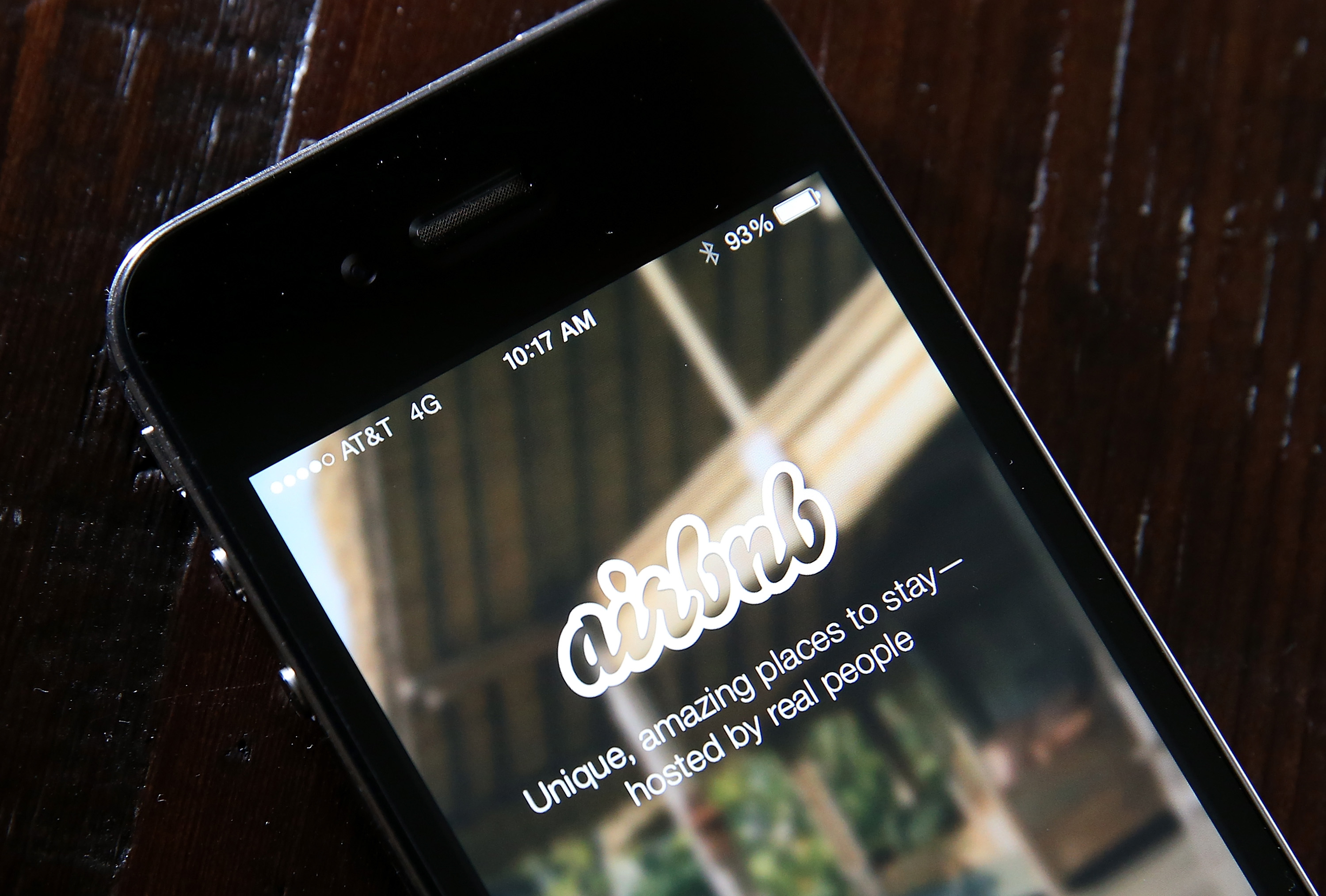 Airbnb landing page on a mobile screen
