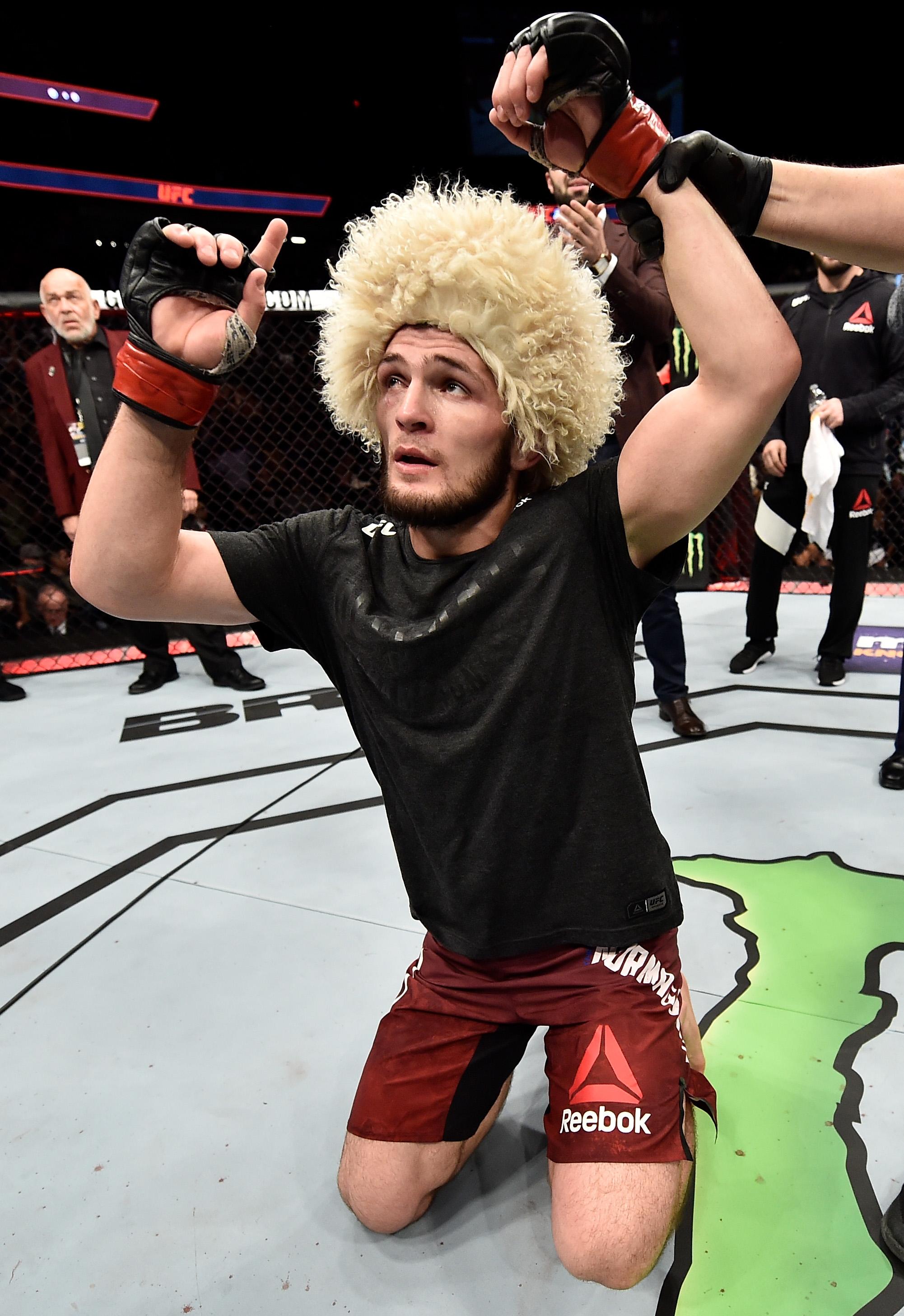 UFC 219: Nurmagomedov v Barboza