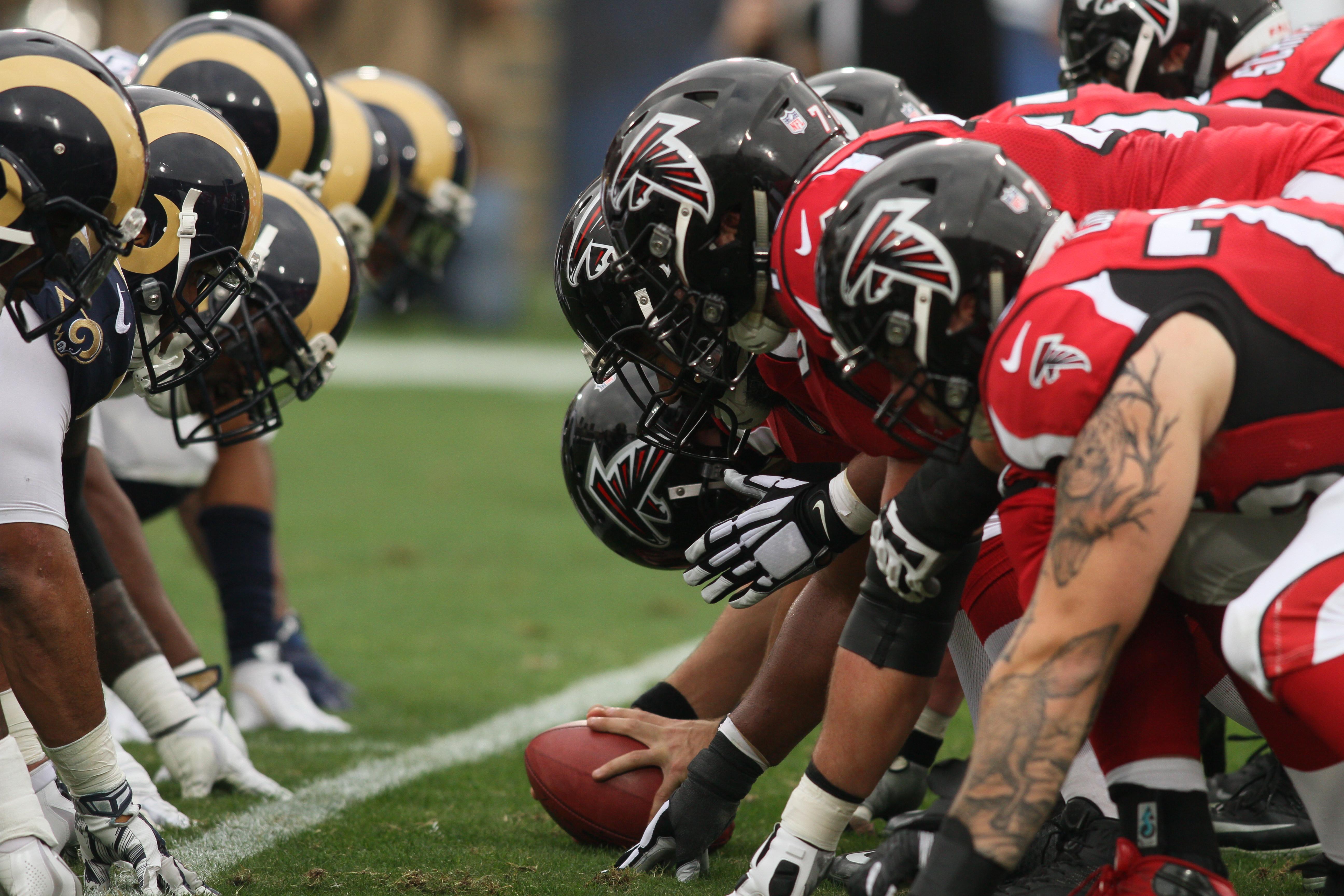 NFL: DEC 11 Falcons at Rams