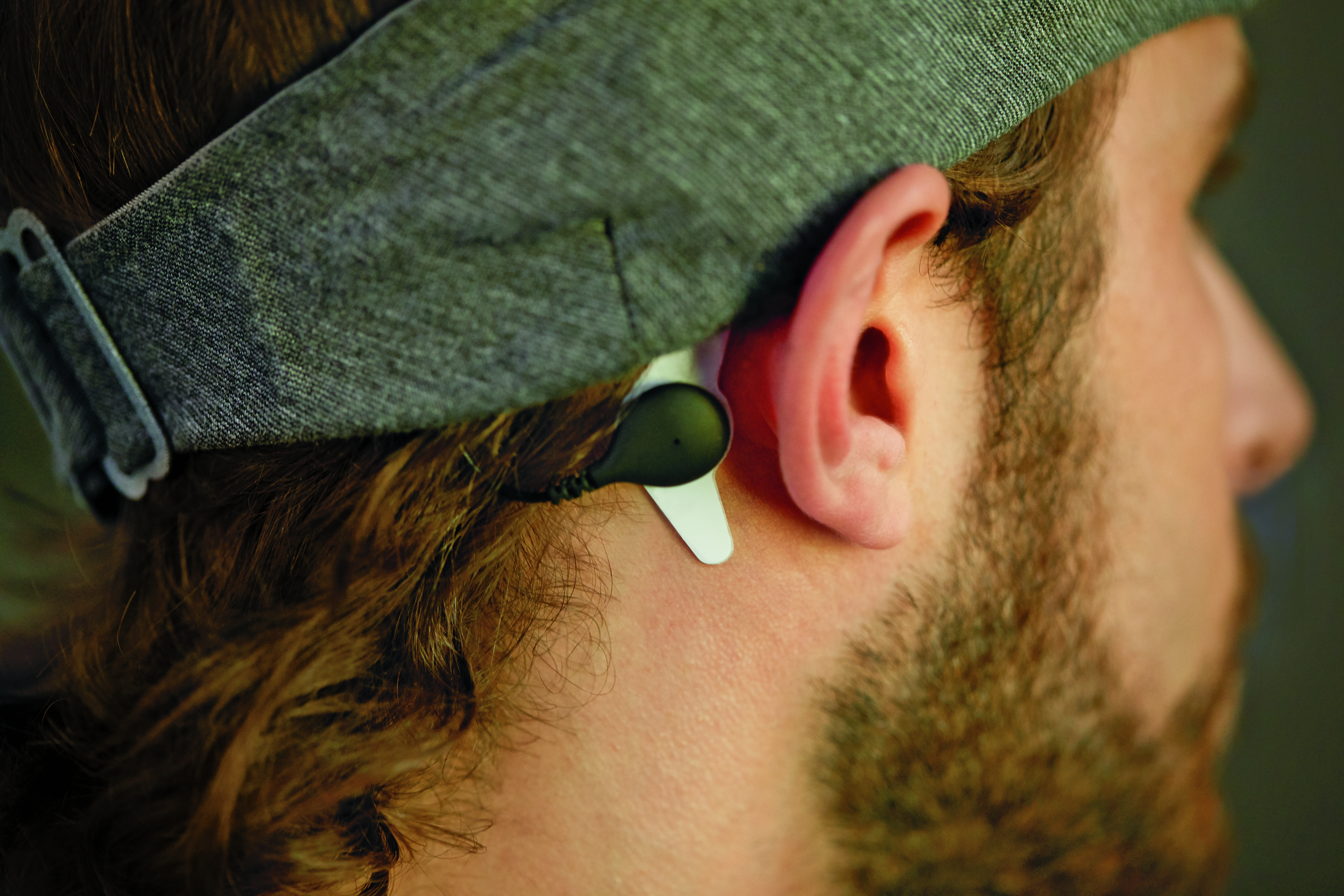 Philips releases a headband that plays white noise to help you sleep