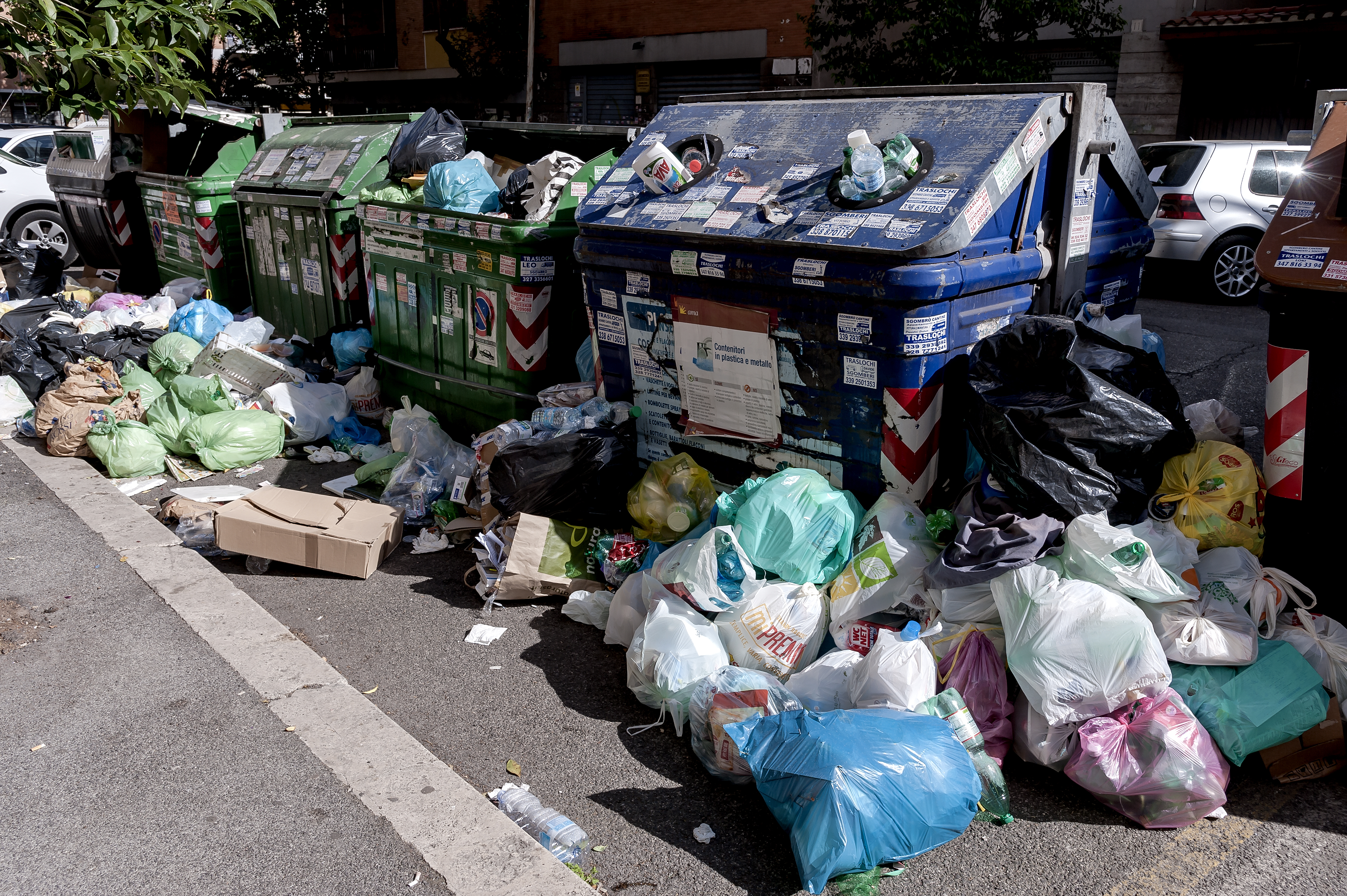 Rome Continues To Suffer From Problems with Refuse Collection