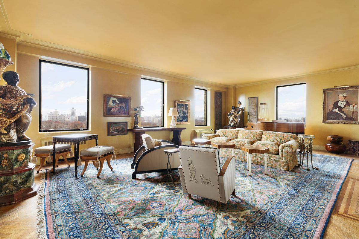 Live below Bette Midler in a grand $20M Upper East Side co-op