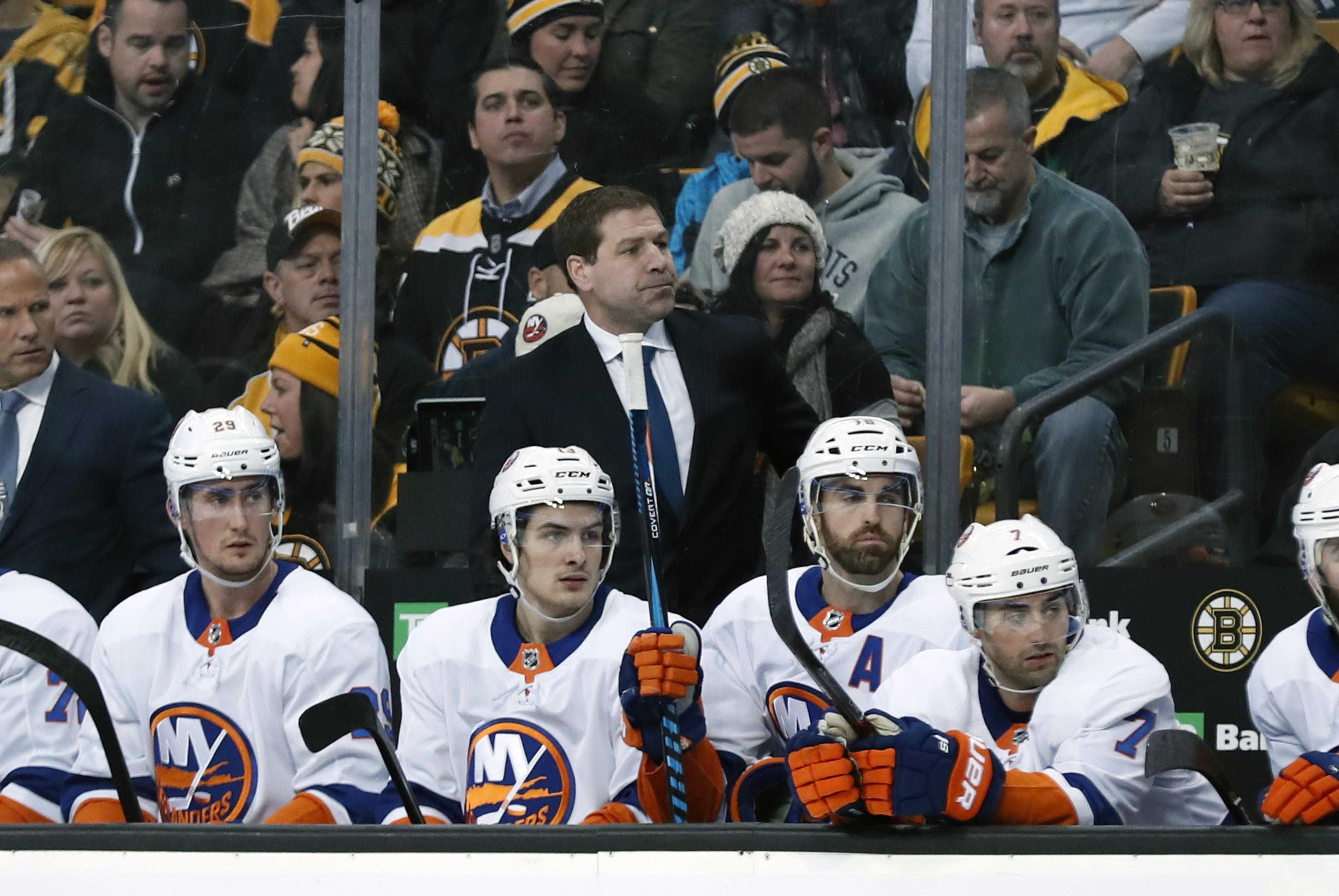 NHL: DEC 09 Islanders at Bruins