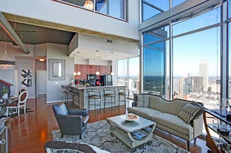 Atlanta homes neighborhoods architecture and real for Penthouse apartment los angeles