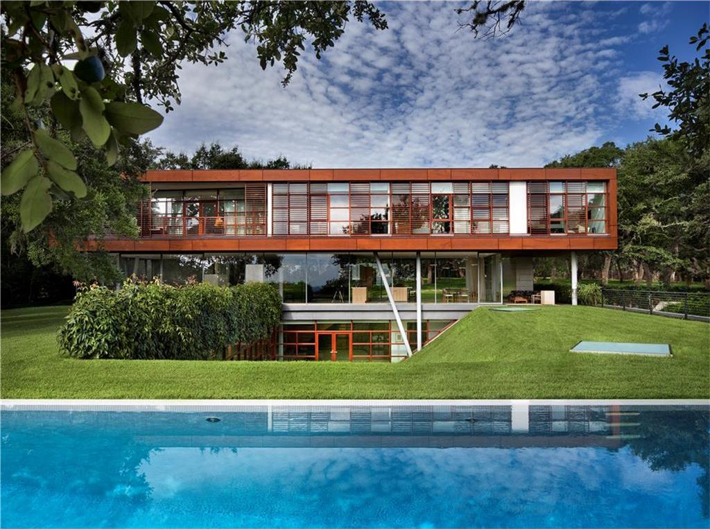 Contemporary 2007 home with lots of glass, three levels