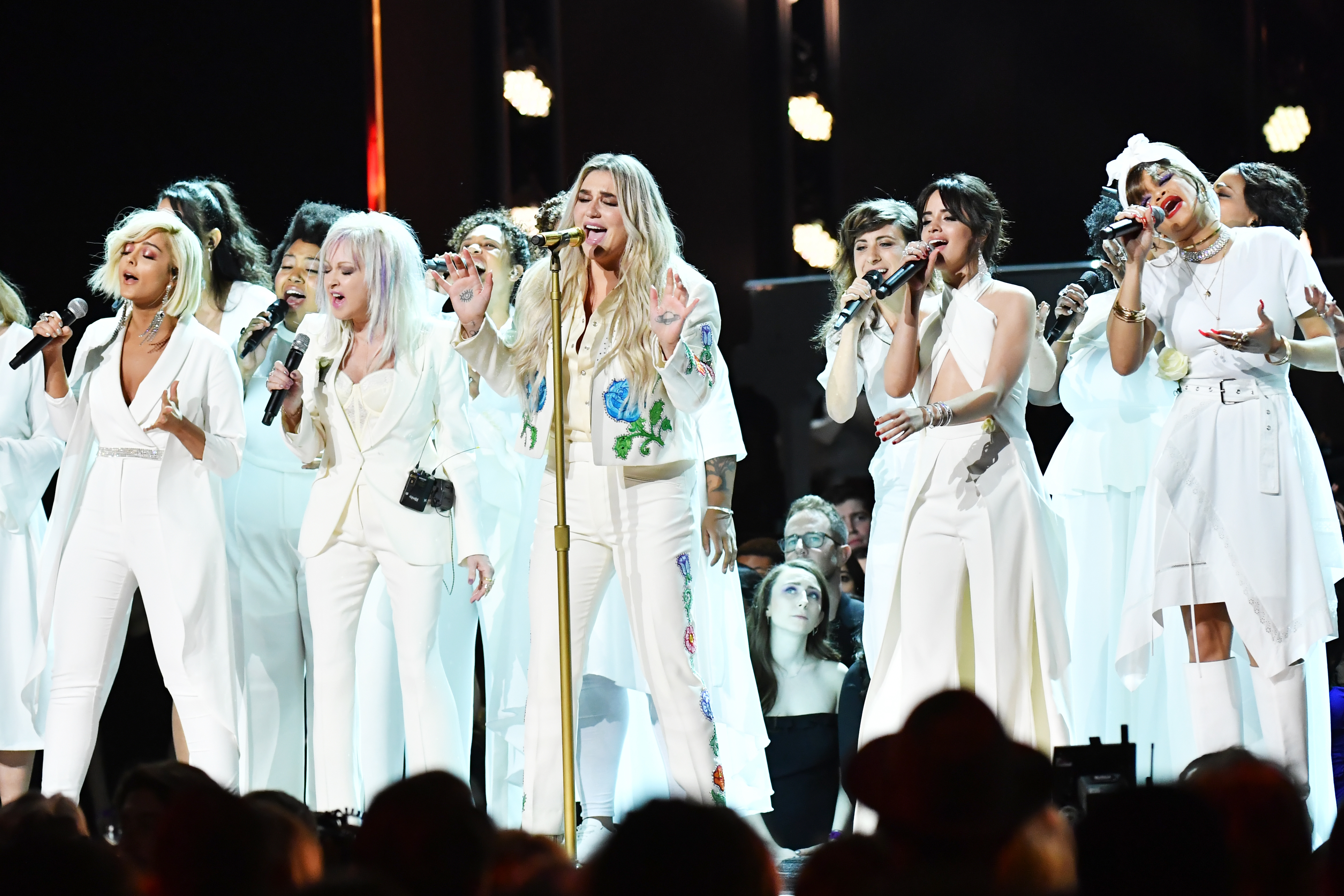 Kesha performs at the 2018 Grammys.