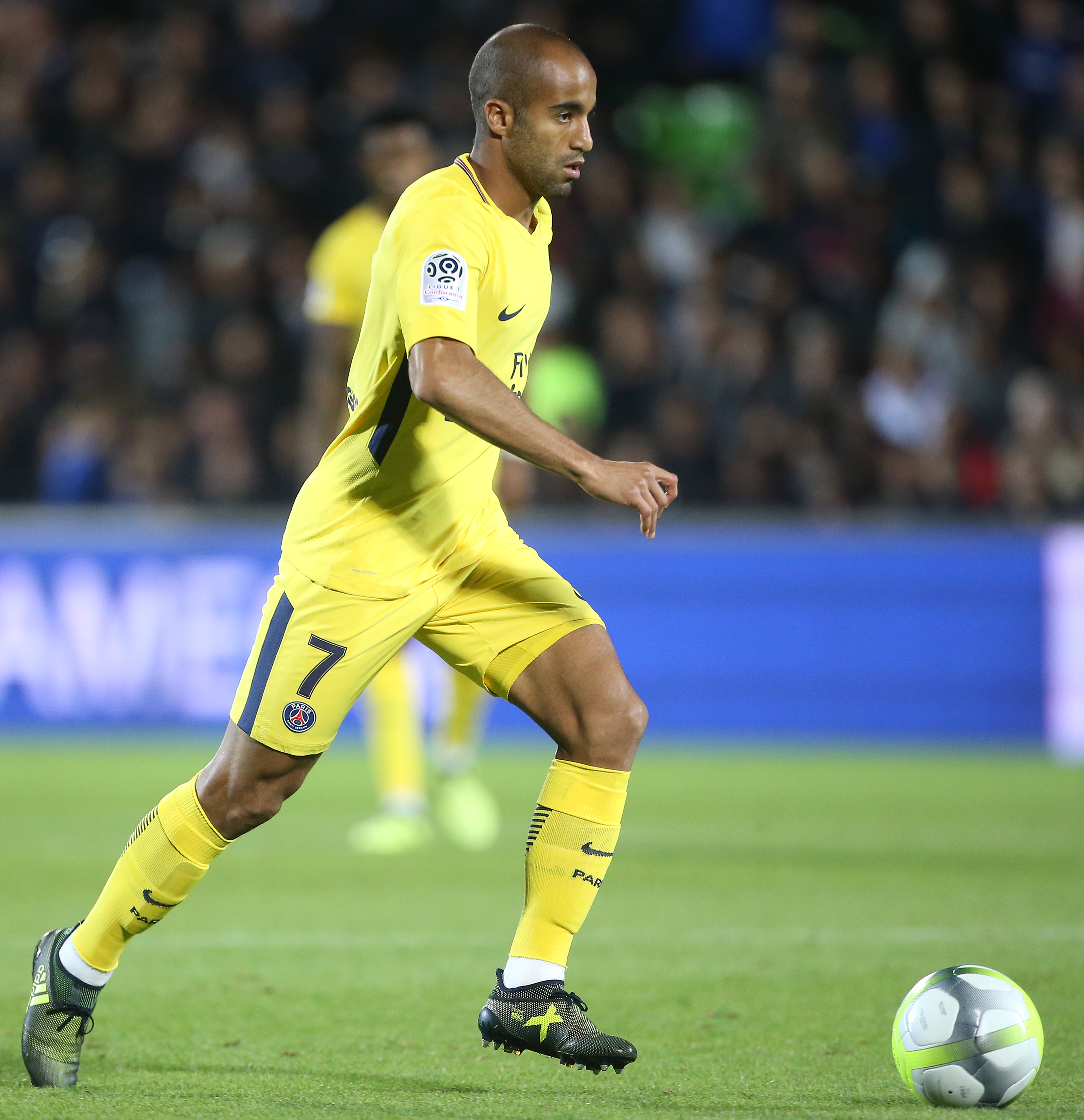 Lucas Moura In White: Tottenham Transfer News & Rumors