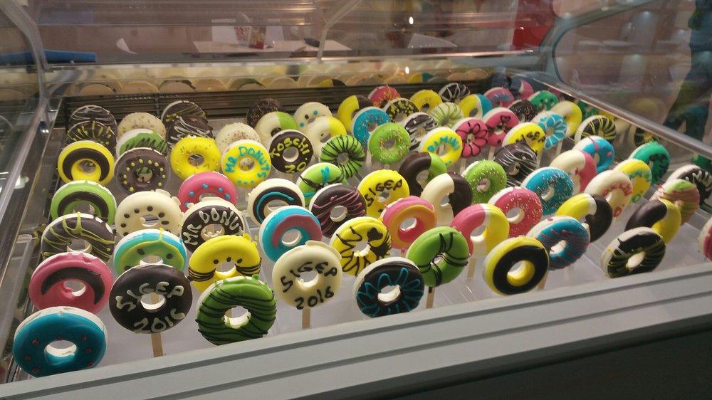 Venezia's doughnuts on sticks.