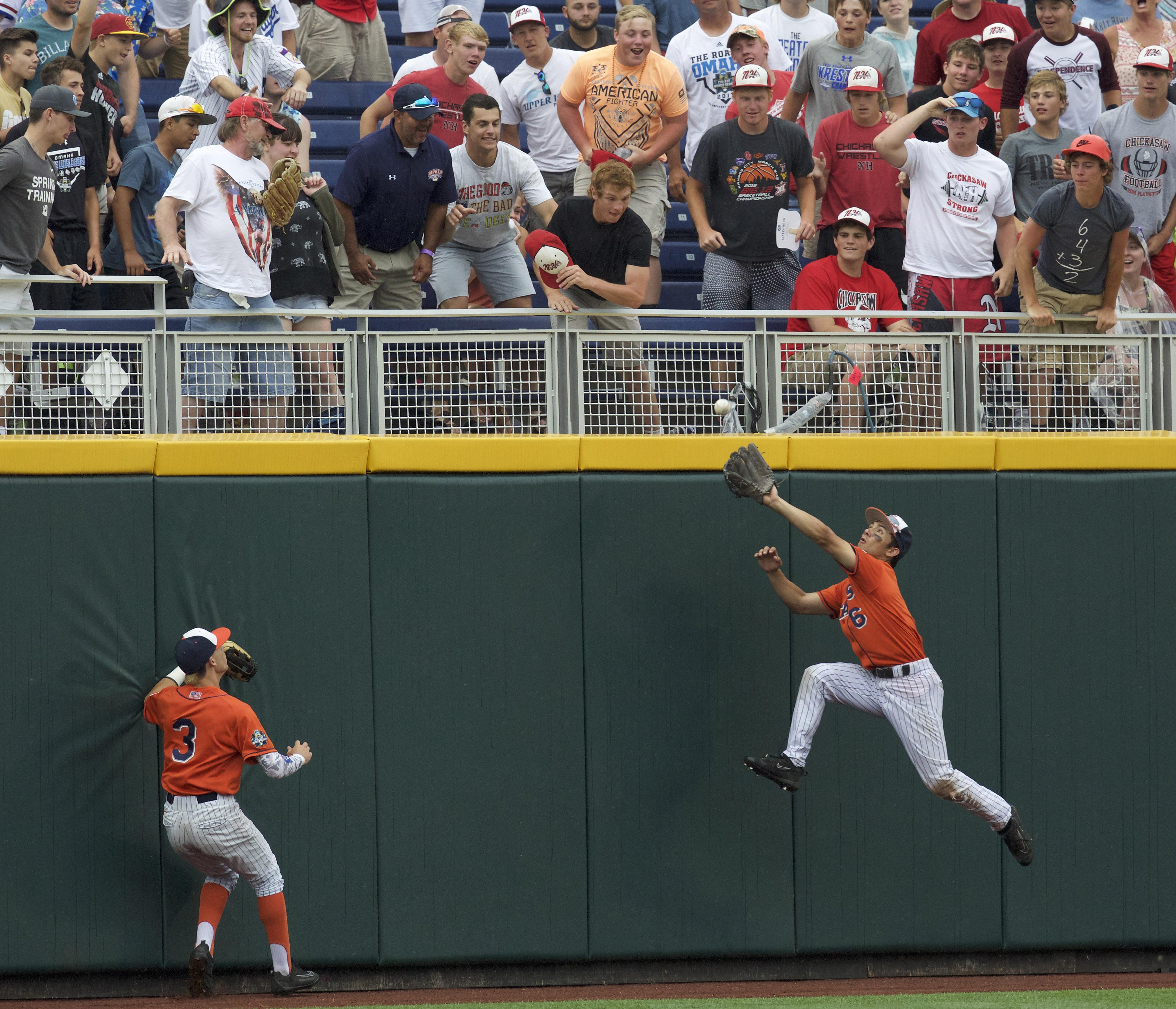 NCAA Baseball: College World Series-Cal State Fullerton vs Oregon State