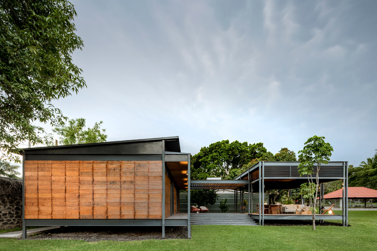Modern prefab home is all steel and wood