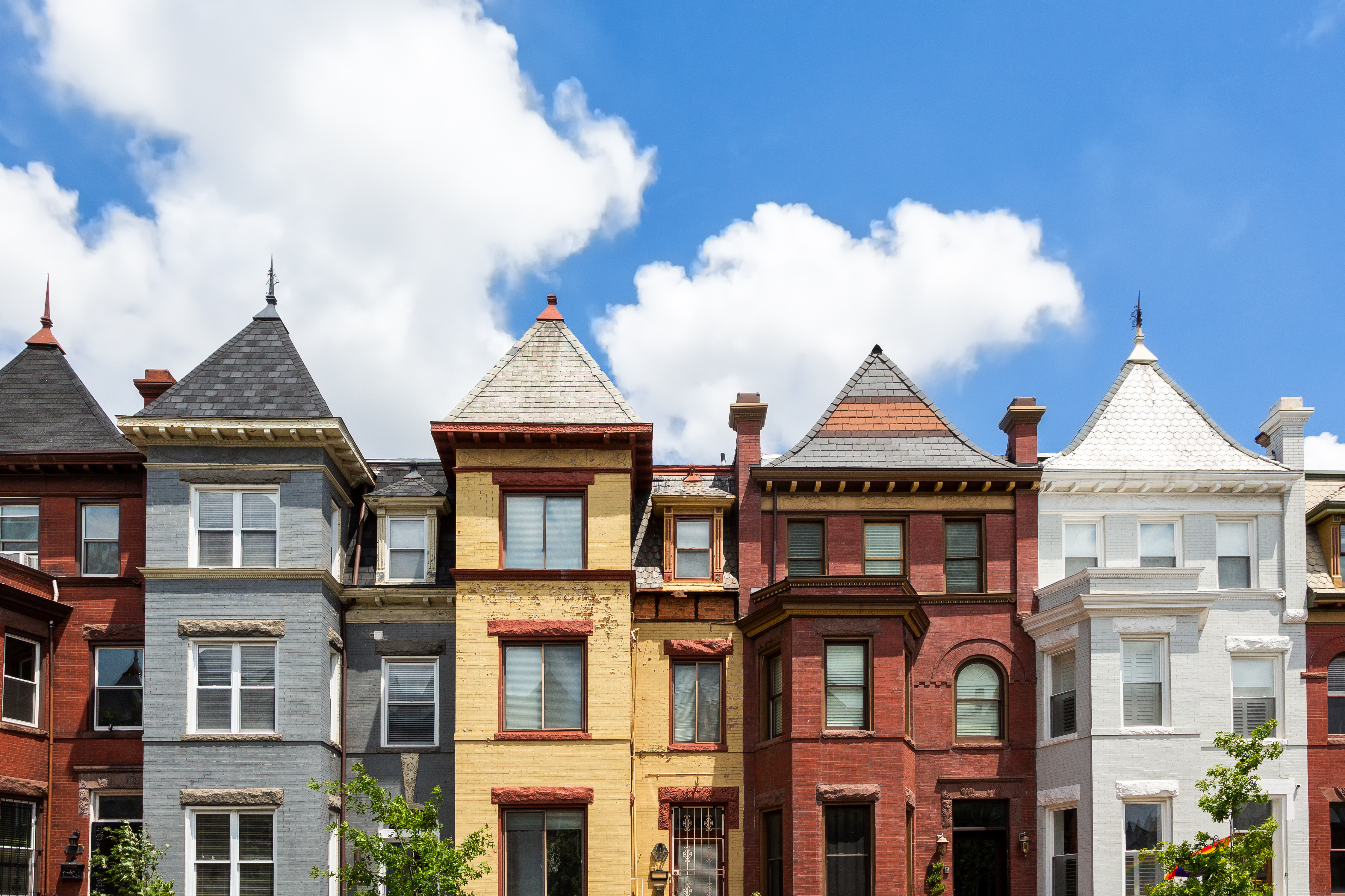 Washington dc homes neighborhoods architecture and real for Washington home builders