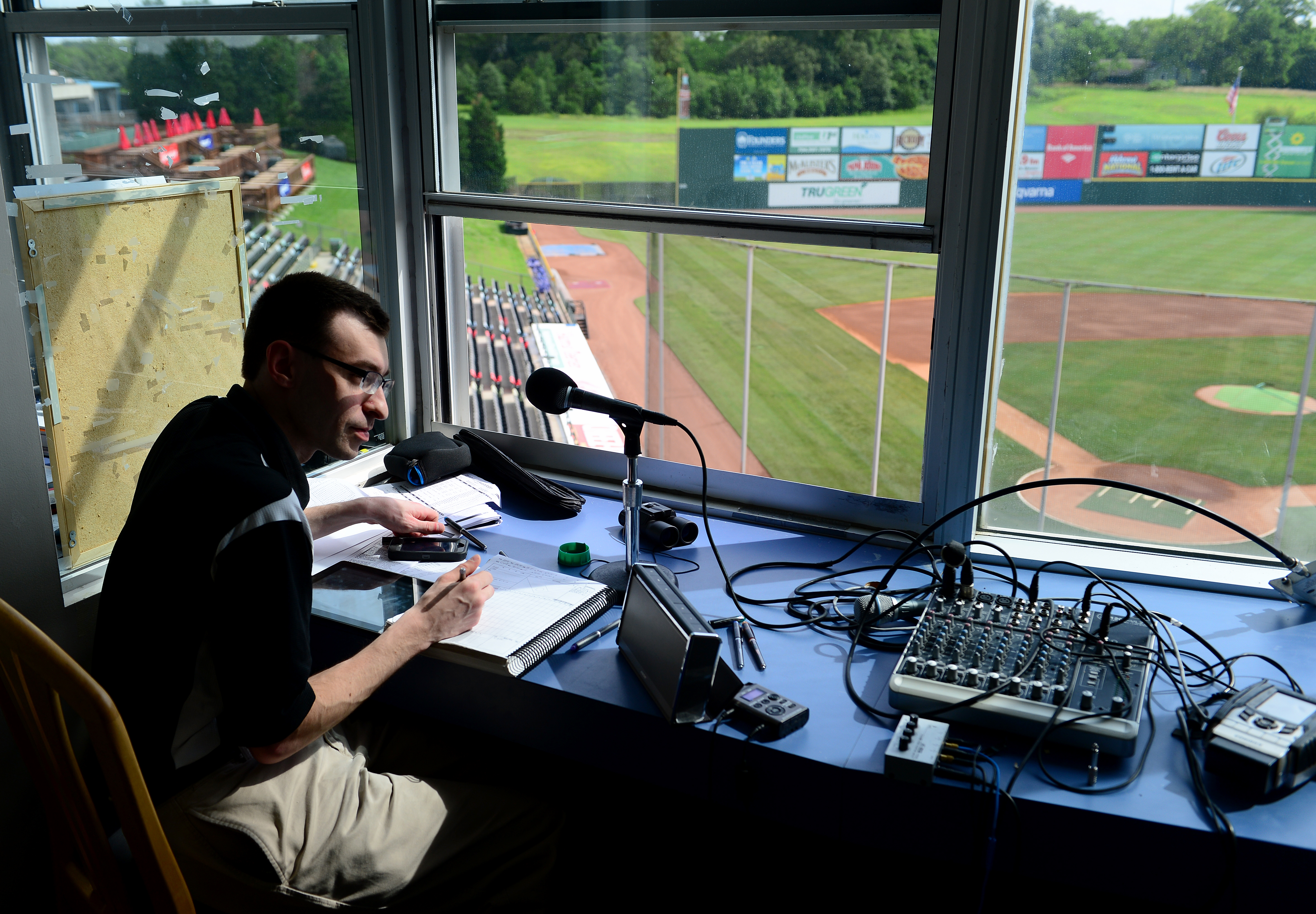 Jason Benetti the voice of the Syracuse Chiefs
