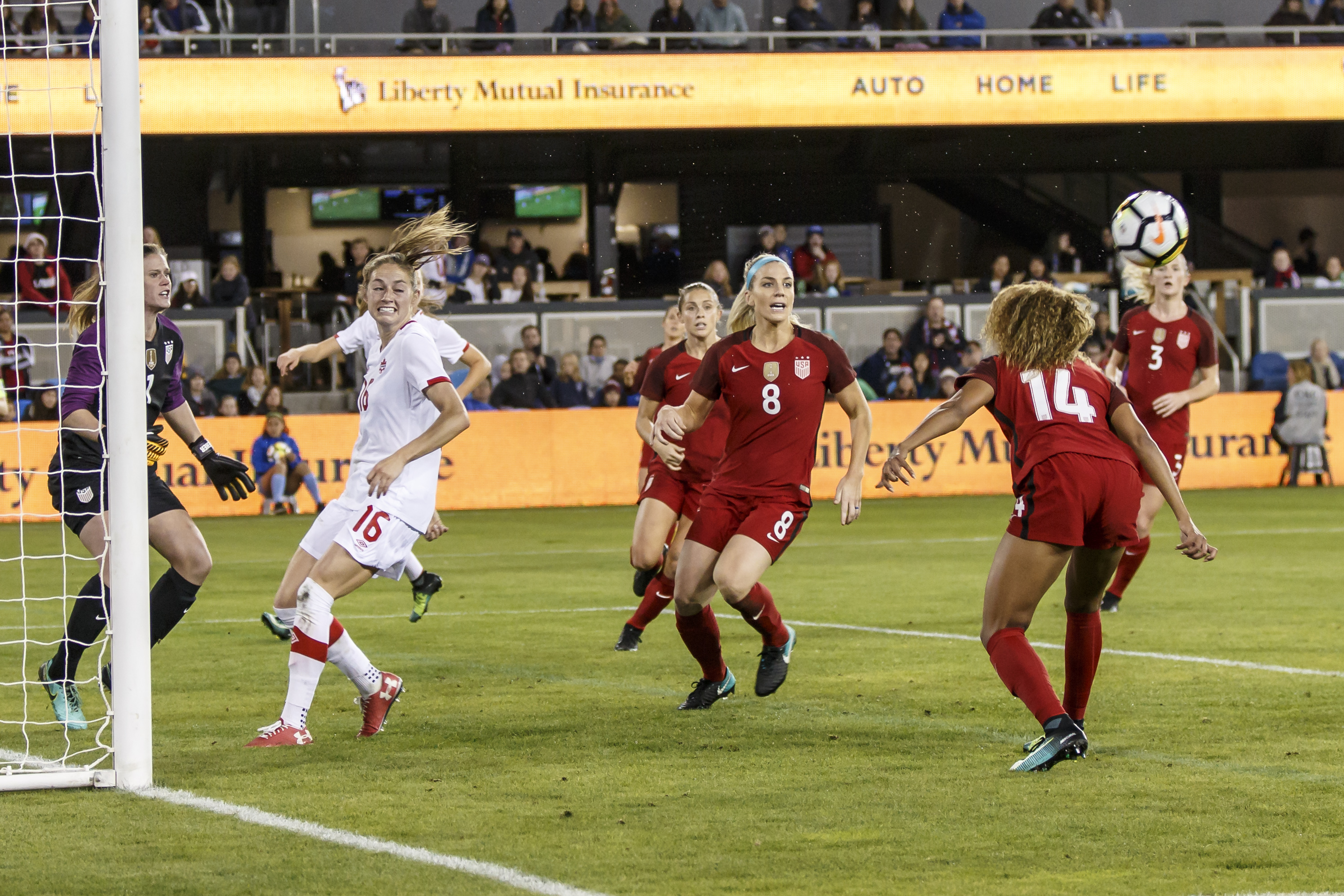 SOCCER: NOV 12 Women's - Canada v USA
