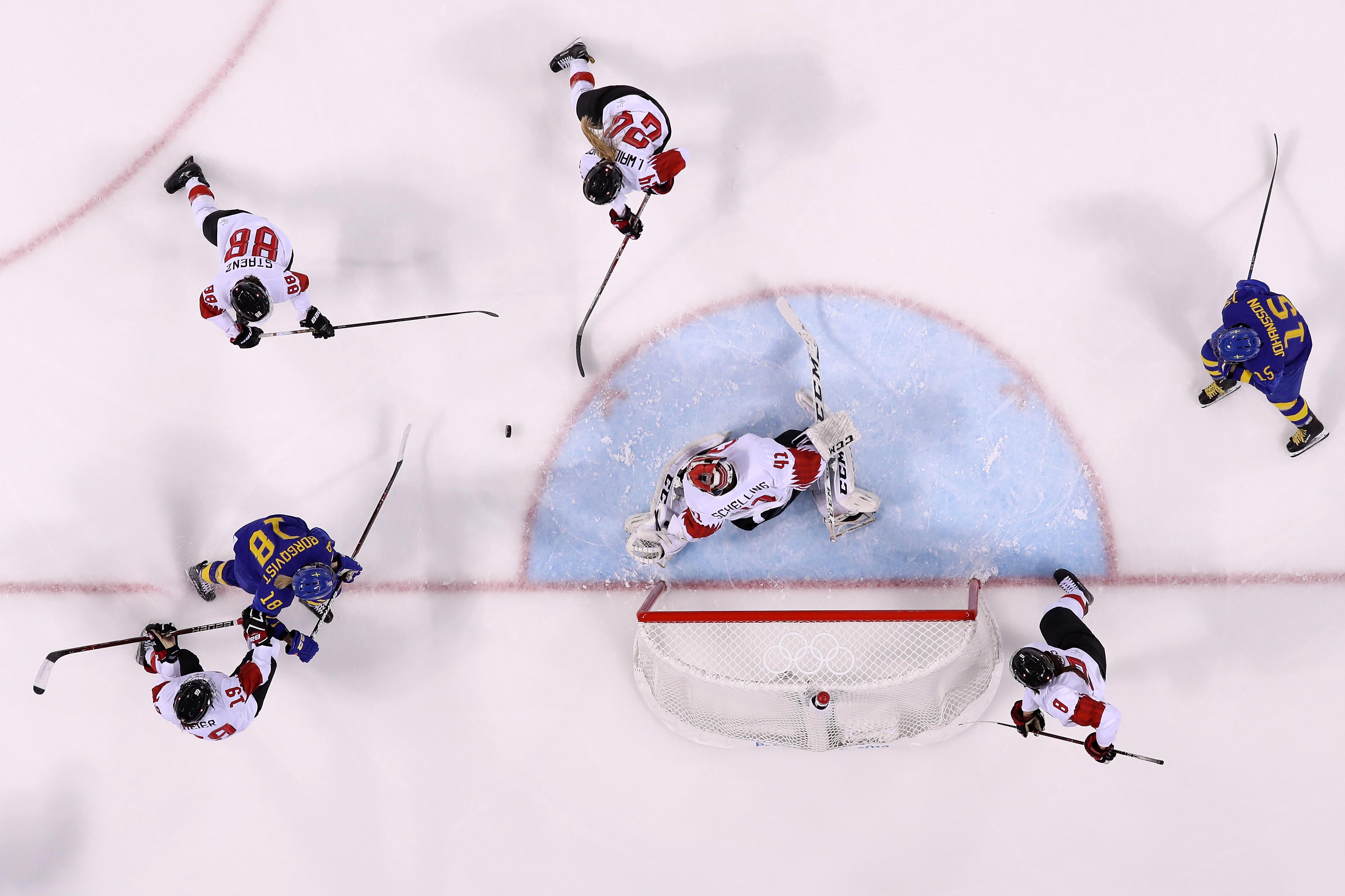 Ice Hockey - Winter Olympics Day 5 - Sweden v Switzerland
