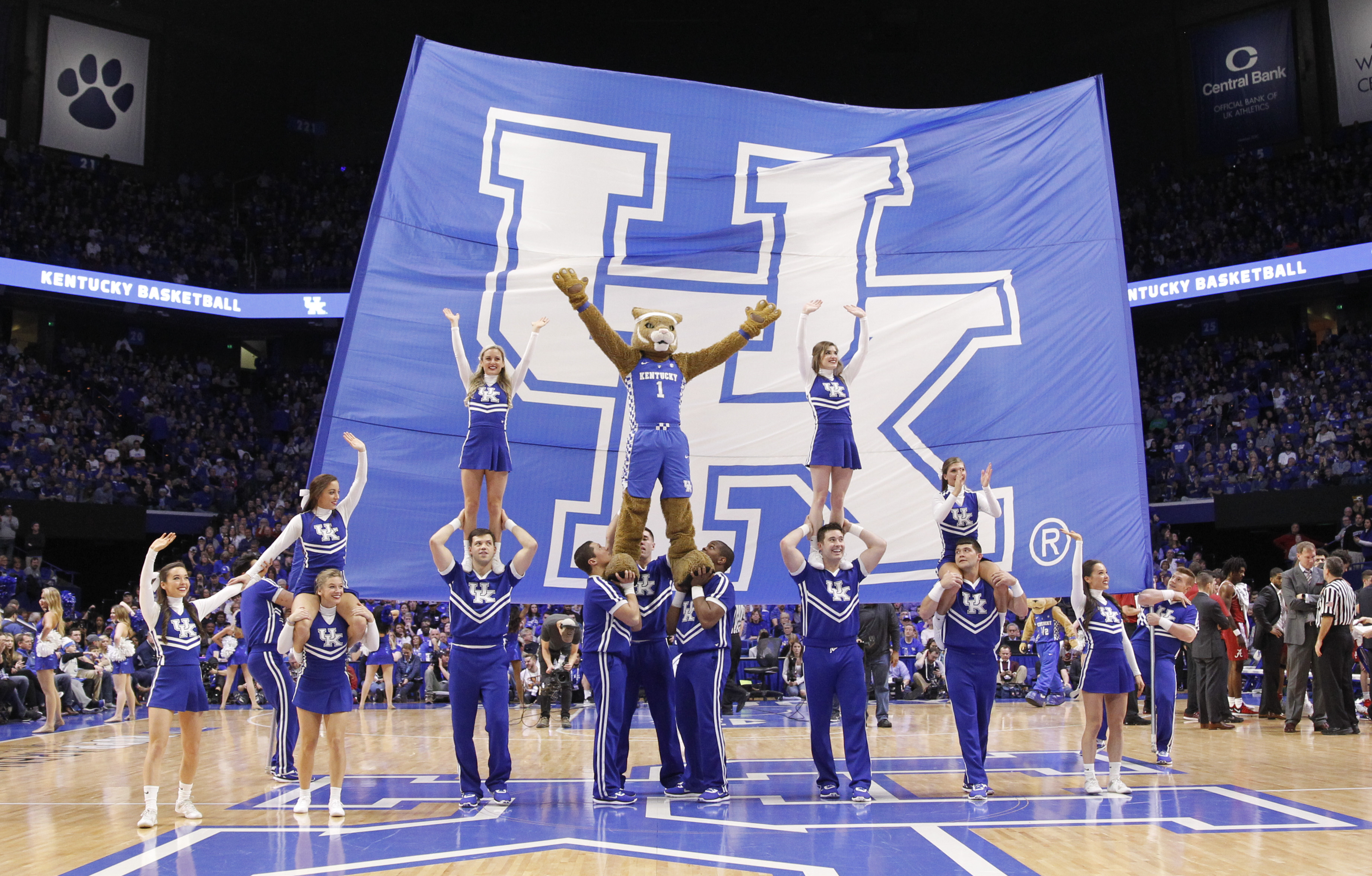 NCAA Basketball: Alabama at Kentucky