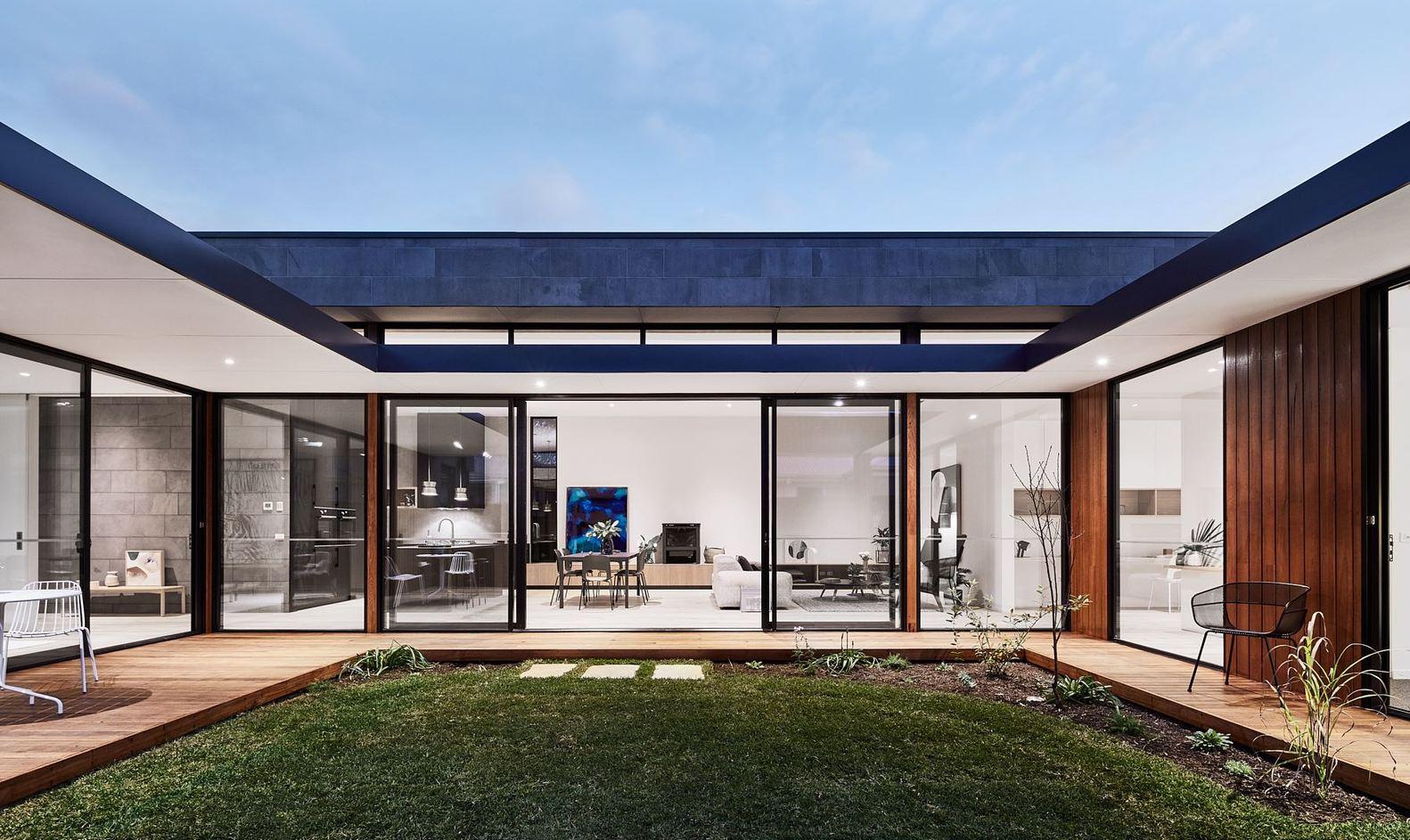 Dreamy modern courtyard house is a seaside haven