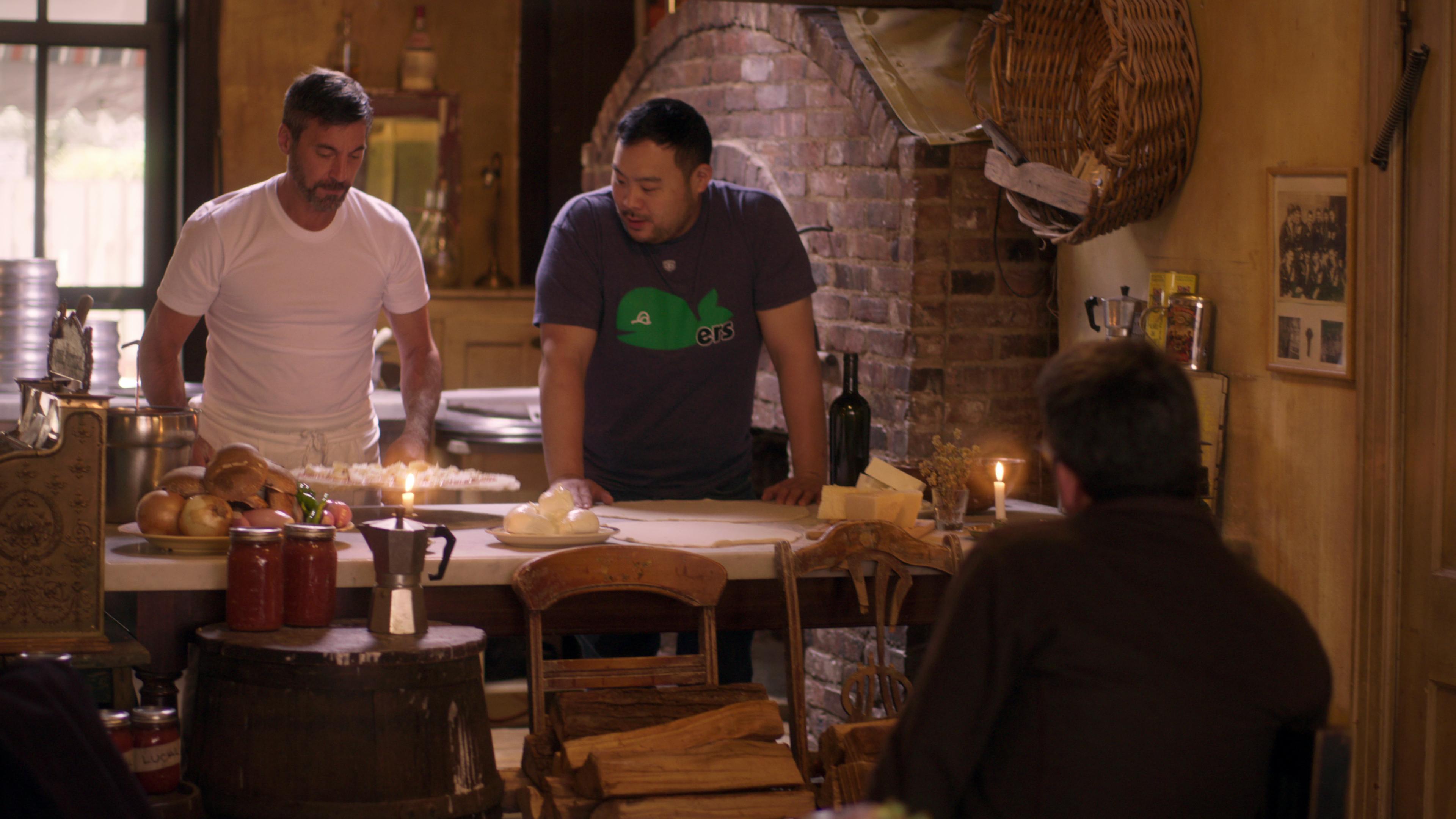 Round Table Pizza Portland Oregon.Ugly Delicious Season 1 Episode 1 Pizza Recap Eater