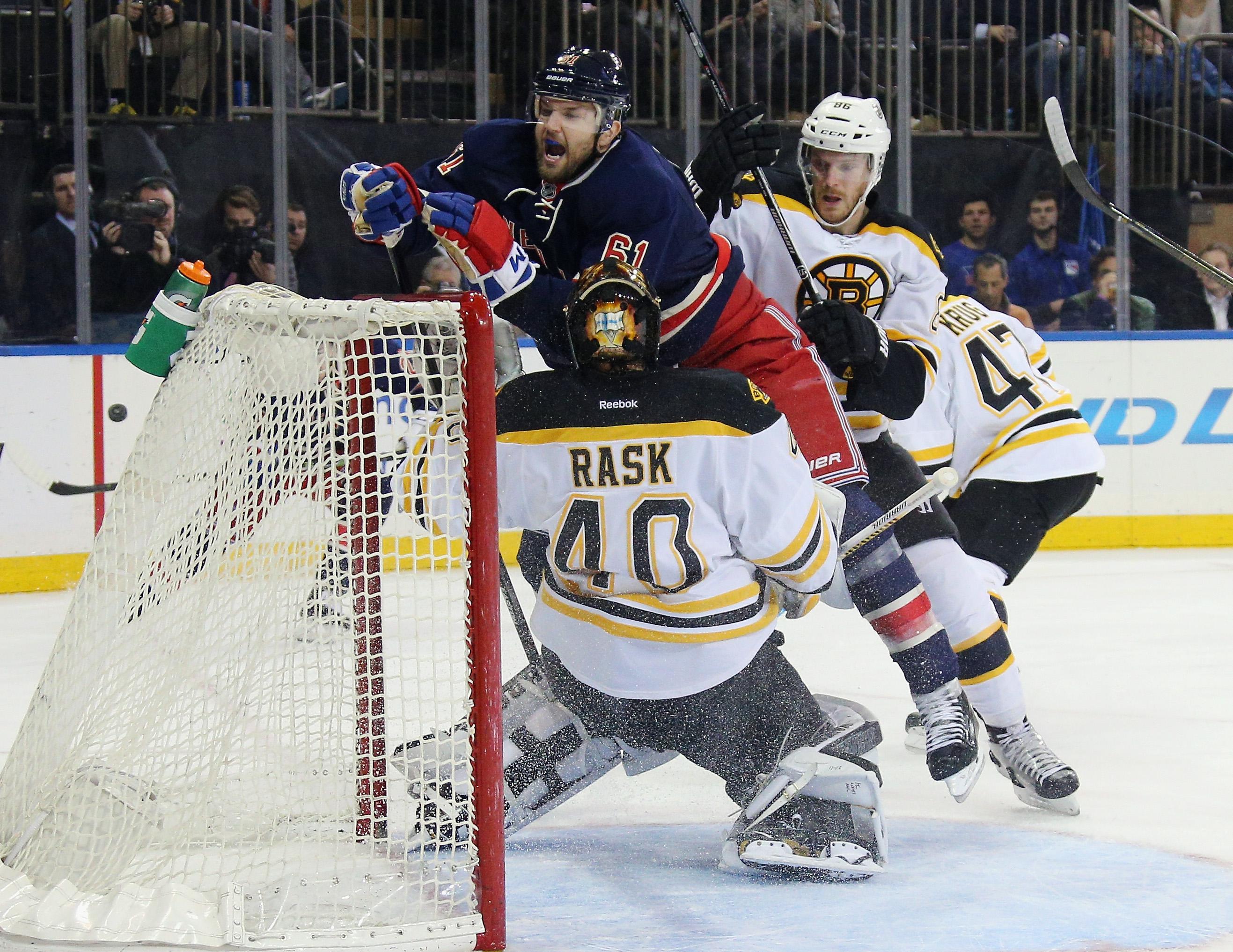 Boston Bruins v New York Rangers