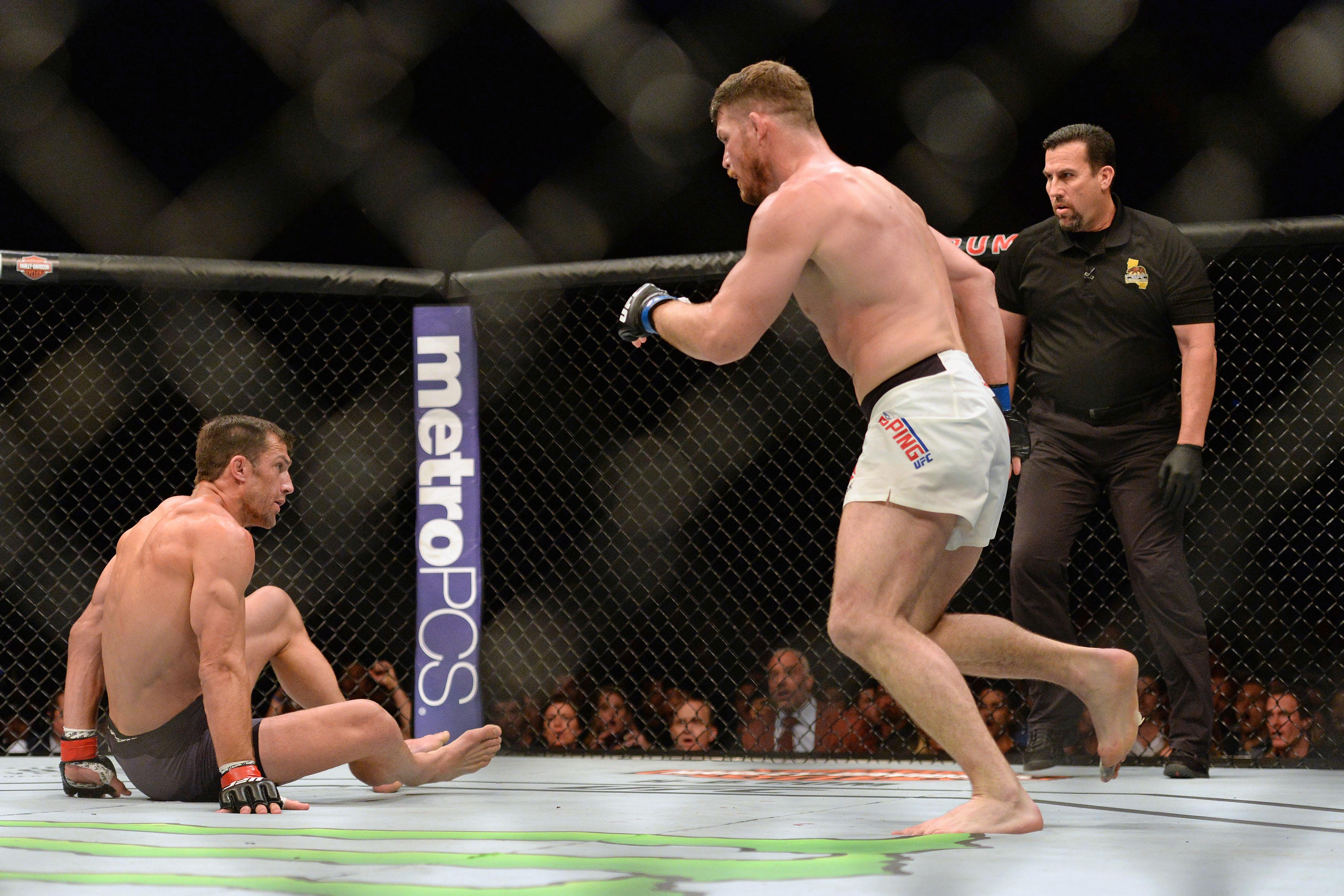 MMA: UFC 199-Bisping vs Rockhold