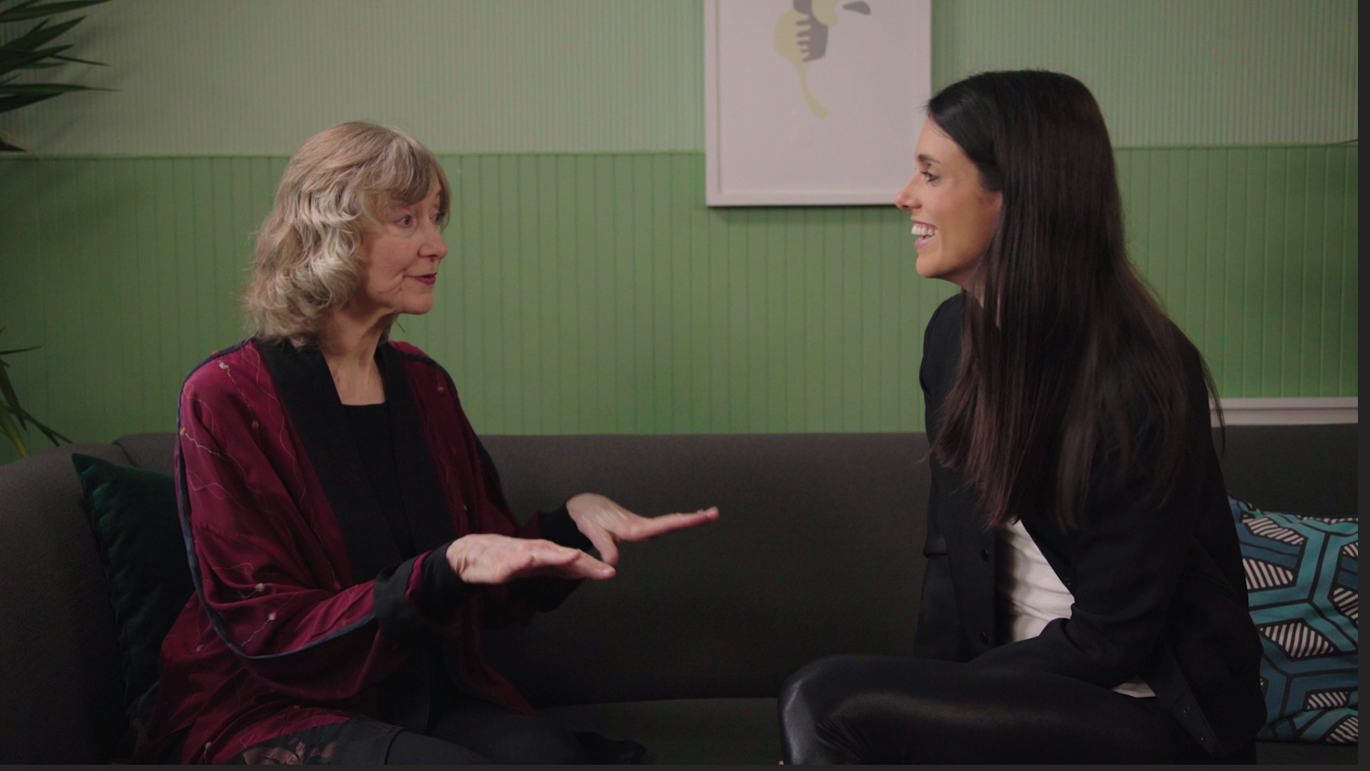 Liz Plank sits down with Debrah Tannen, Linguistics Professor at Georgetown University