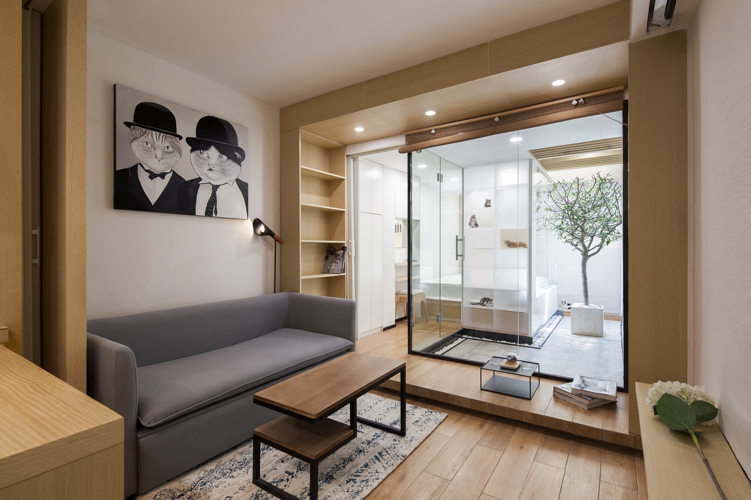 tiny apartment designed for two people, 51  cats